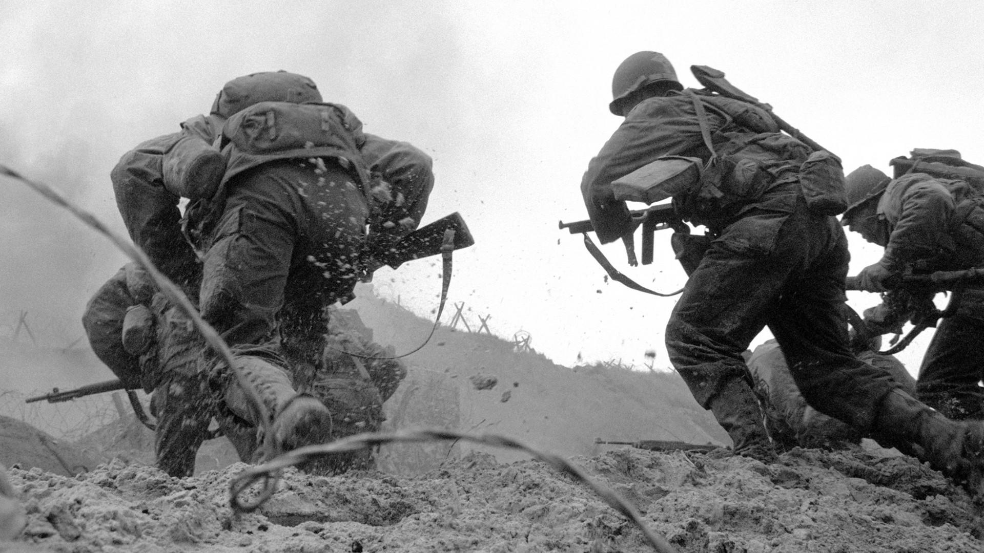Wallpaper people war beach soldier army marines world war ii marksman omaha beach 1920x1080 px geology black and white monochrome photography