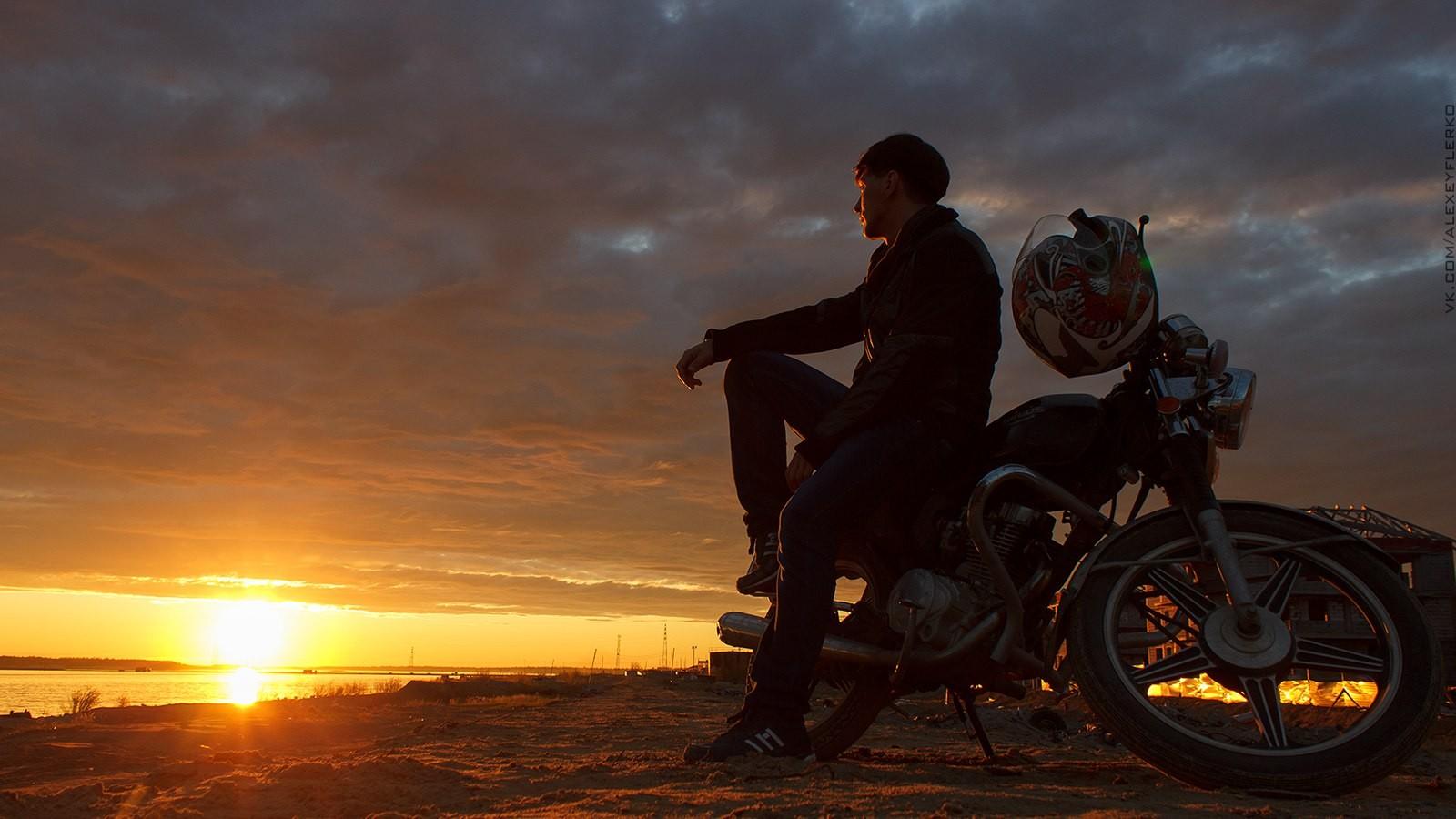 картинки мотоциклистов и закат устраивала вечера чуть