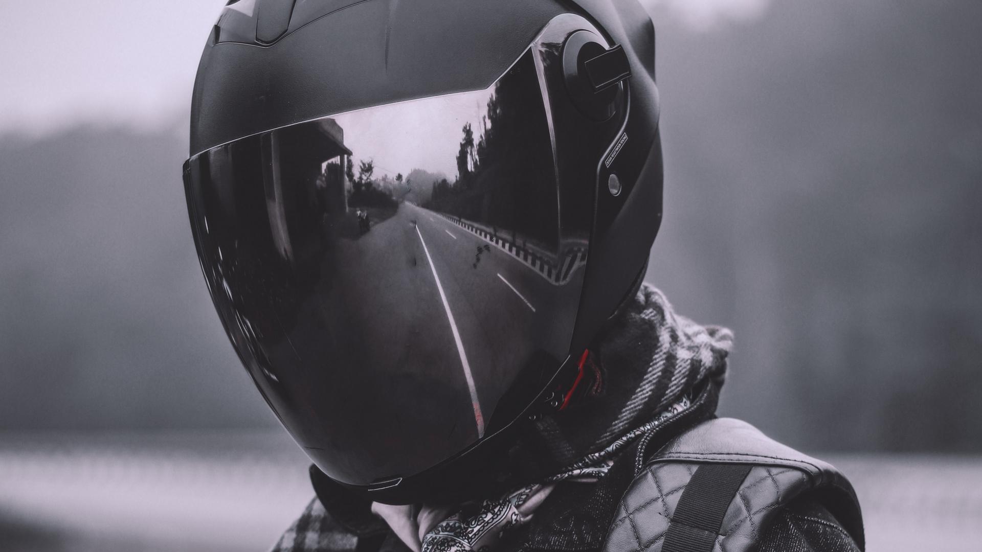 чувак в шлеме фото прозе будущем, счастливой