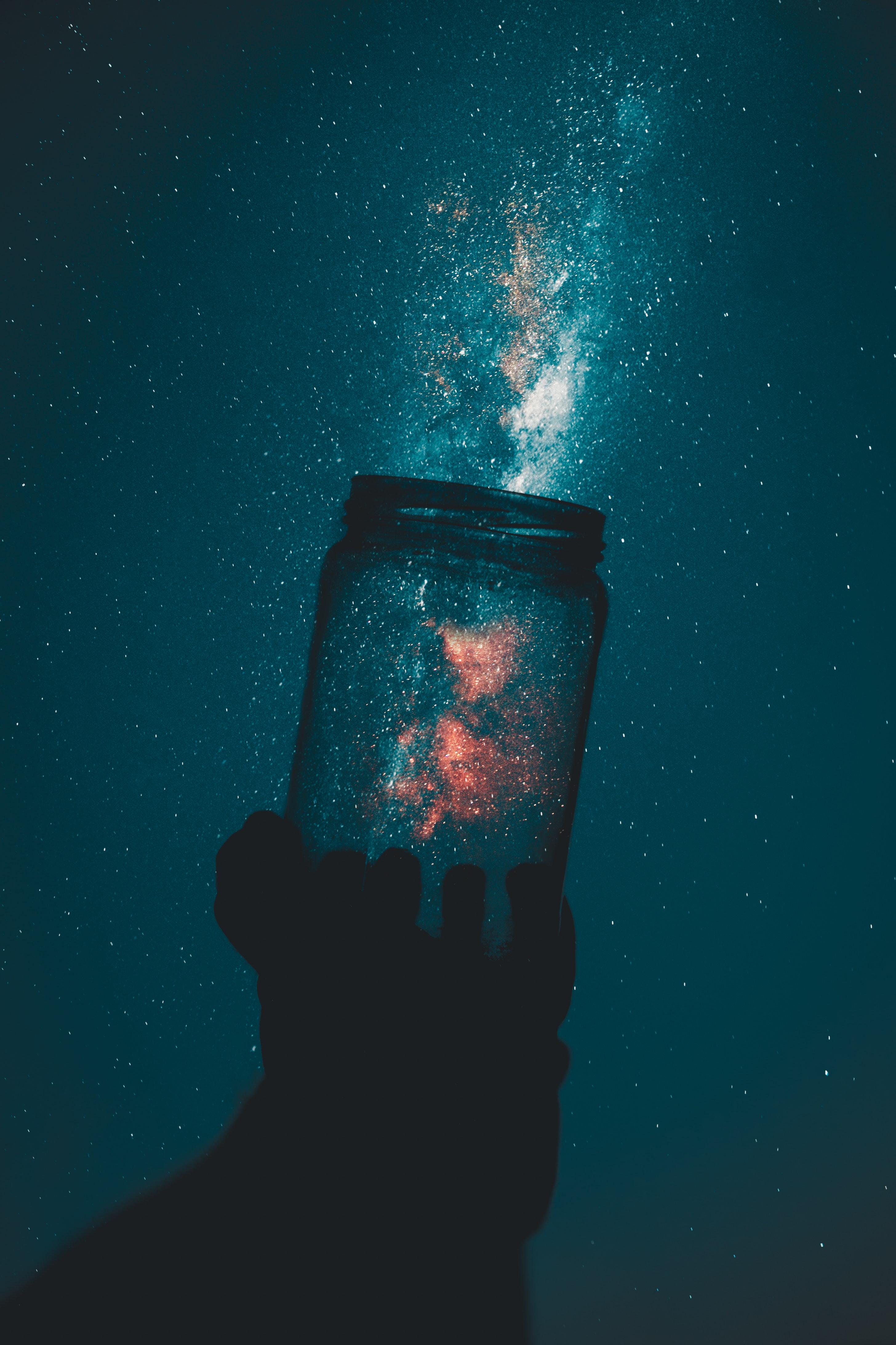Wallpaper Fotografi Di Luar Rumah Botol Bintang Bayangan Hitam Alam Semesta Ruang Astronomi Eksplorasi Galaksi Lampu Gelap Tangan Langit Malam Wisatawan Rasi Ilmu 2912x4368 Amd23 1577191 Hd Wallpapers Wallhere