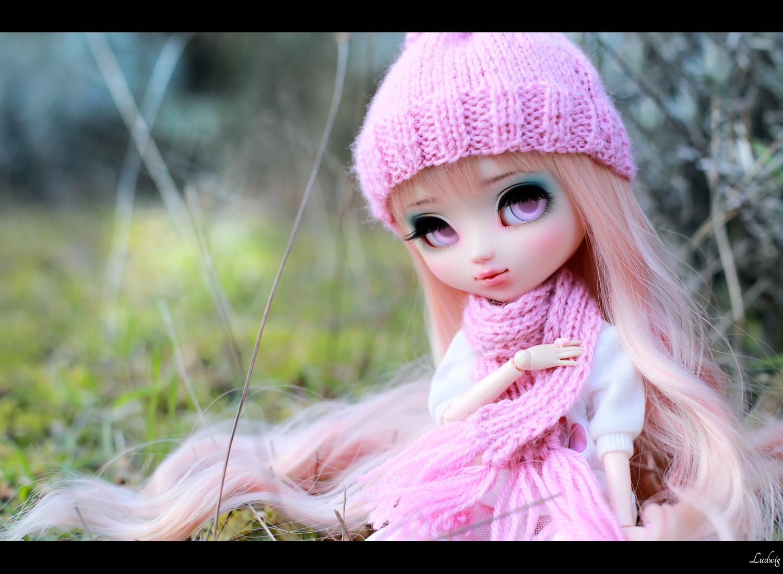 этого розовые картинки с куклами люди