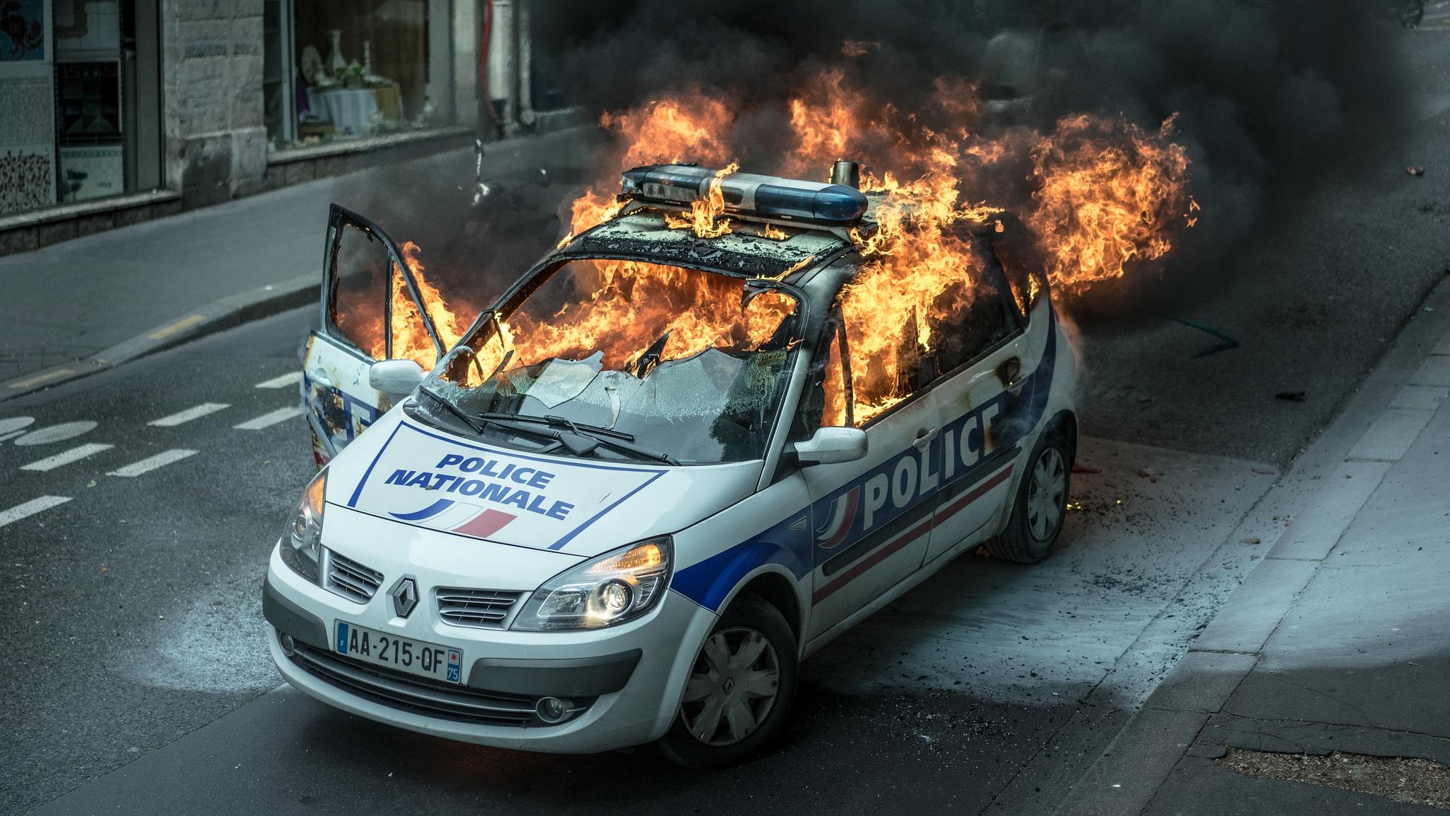 Fondos De Pantalla Policía Coche Vehículo Fuego