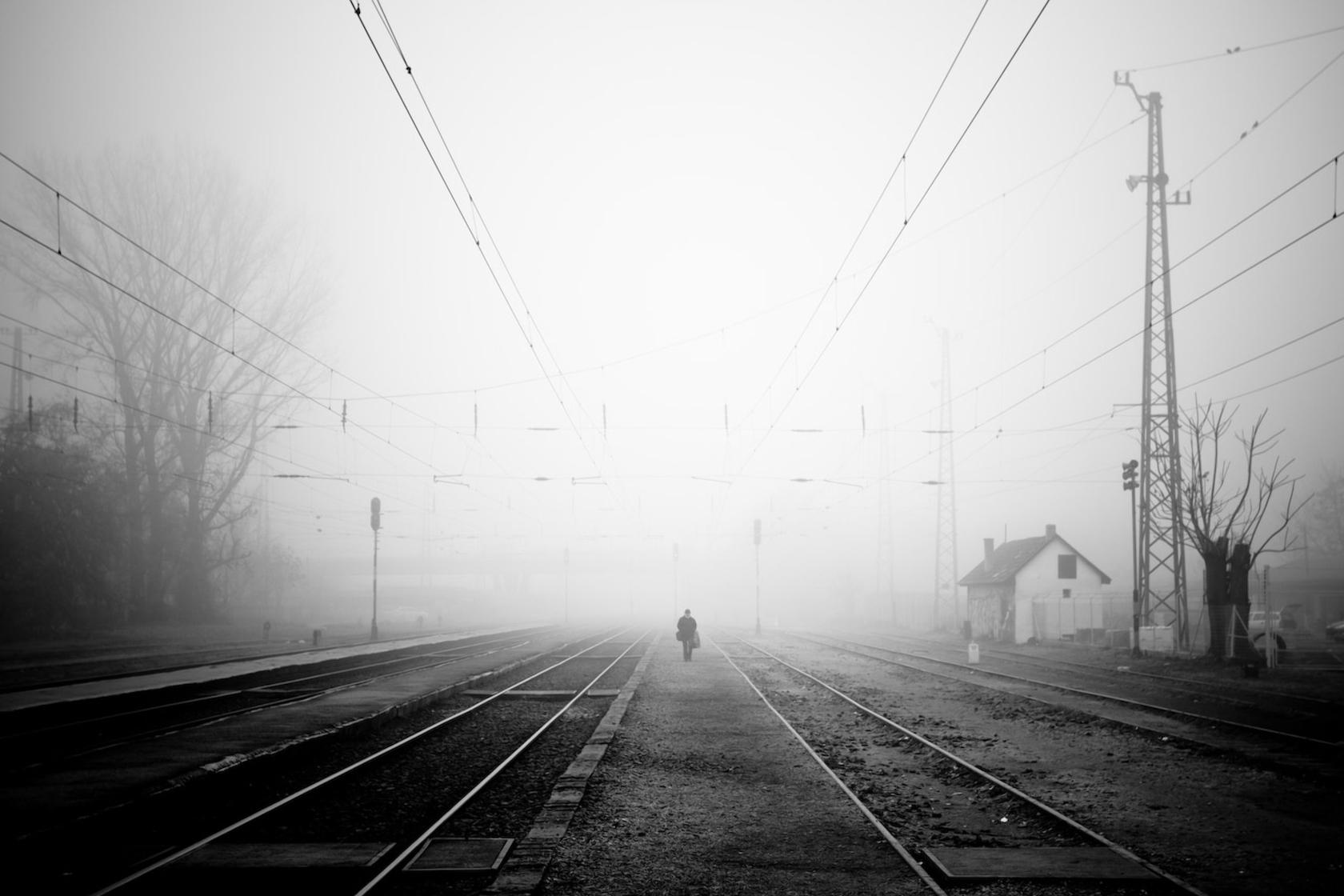Lonely Black And White Wallpaper : rai...