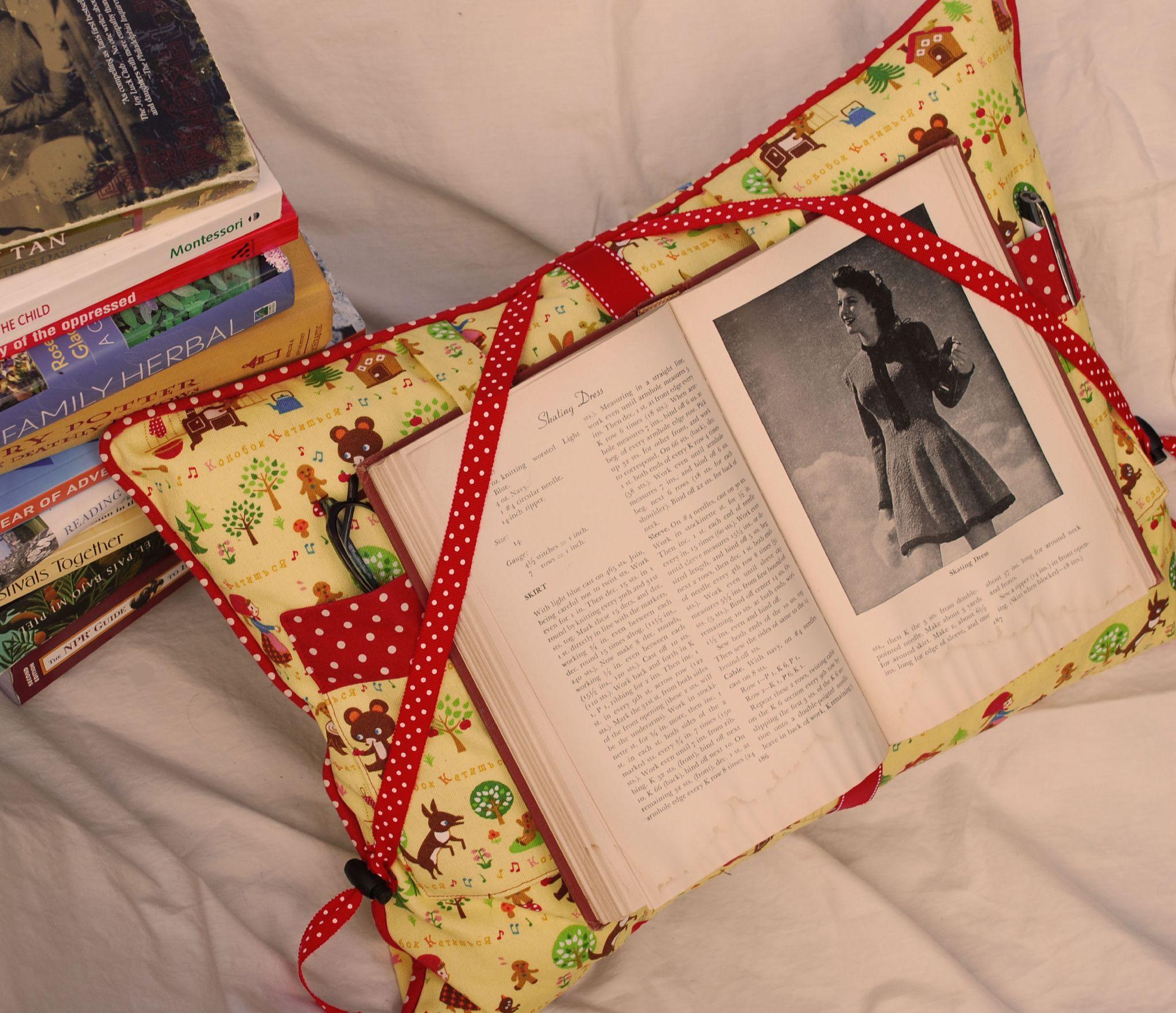 Hintergrundbilder : Lesen, Nähen, Muster, Bücher, Kissen, Stoff ...