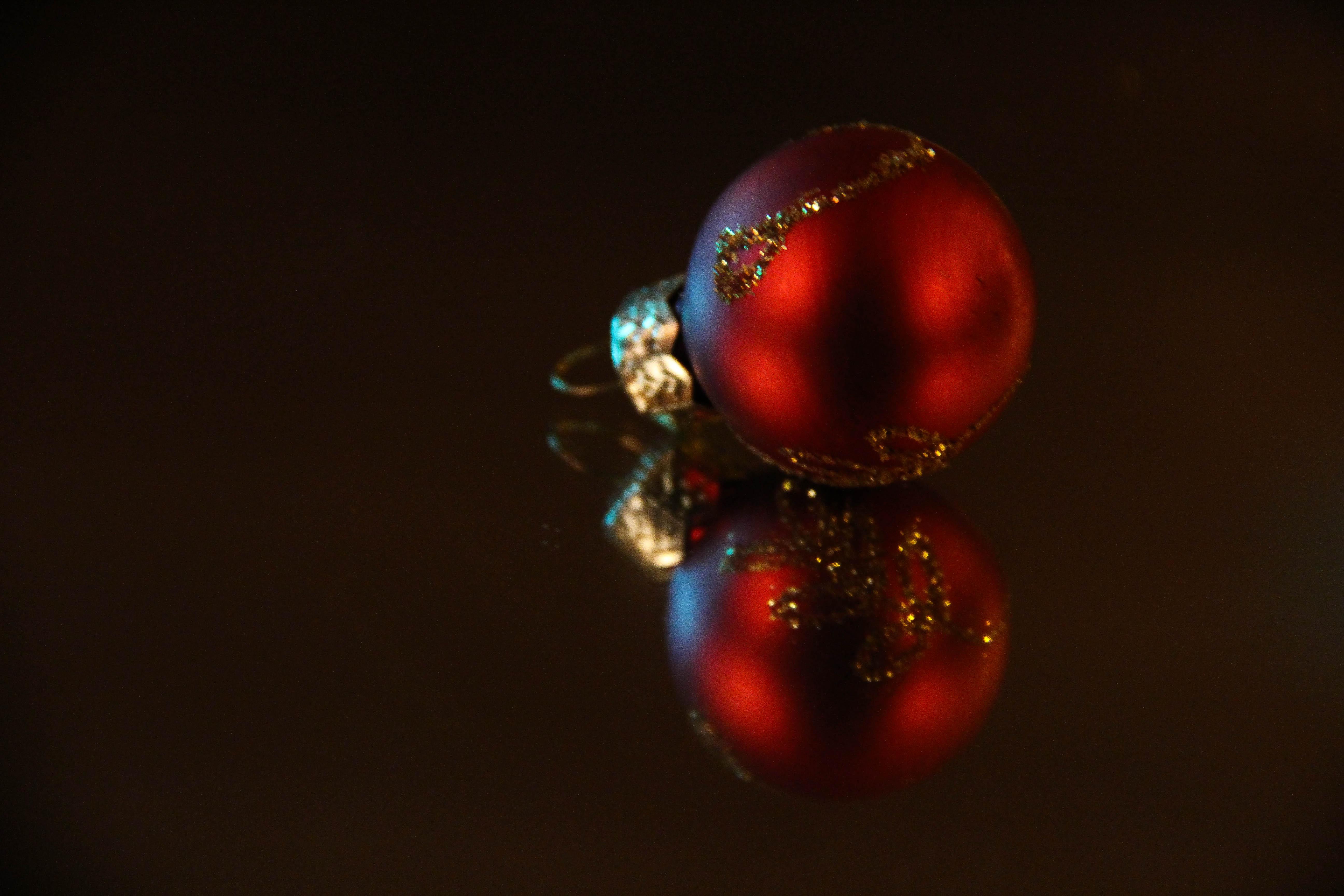 Fondos de pantalla : rojo, reflexión, esfera, Árbol de Navidad ...