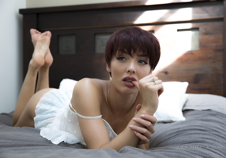 naked-short-hair-nude-gf-girl-china