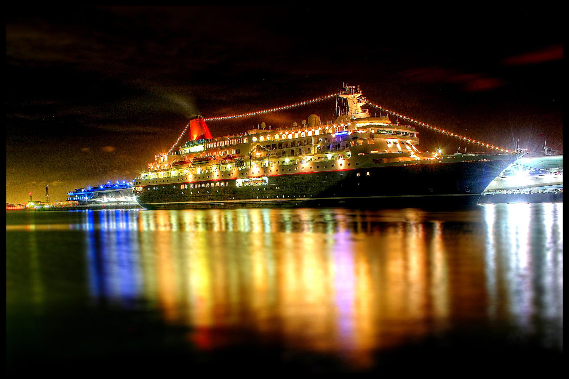 Sfondi : riflessione nave passeggeri notte corpo dacqua nave da