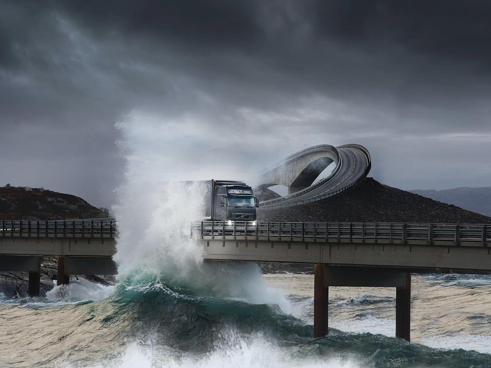 Wallpaper Road Bridge Truck Splashes Sea Storm
