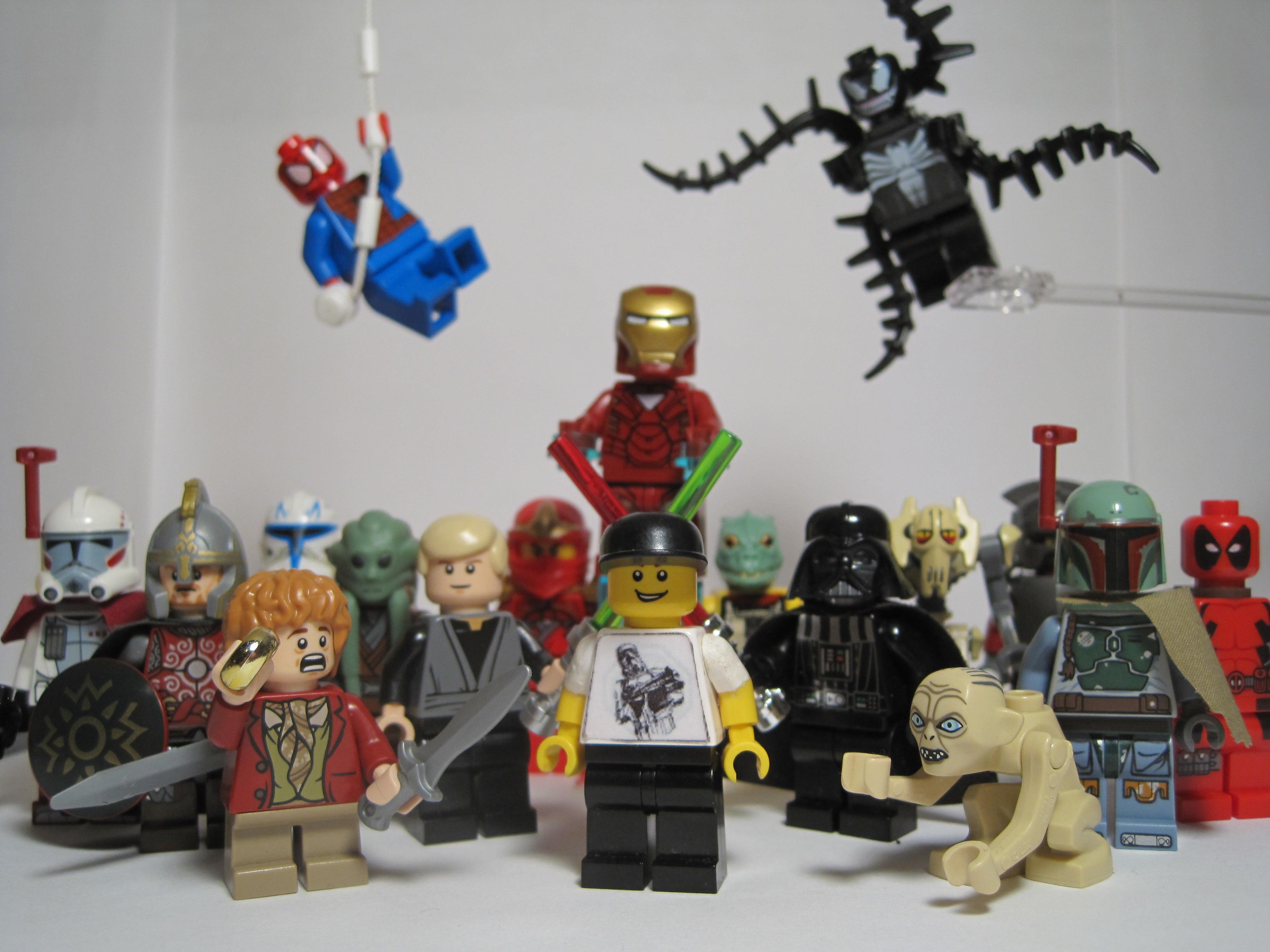 Wallpaper Robot Lego Trooper Gollum Venom Toy Month