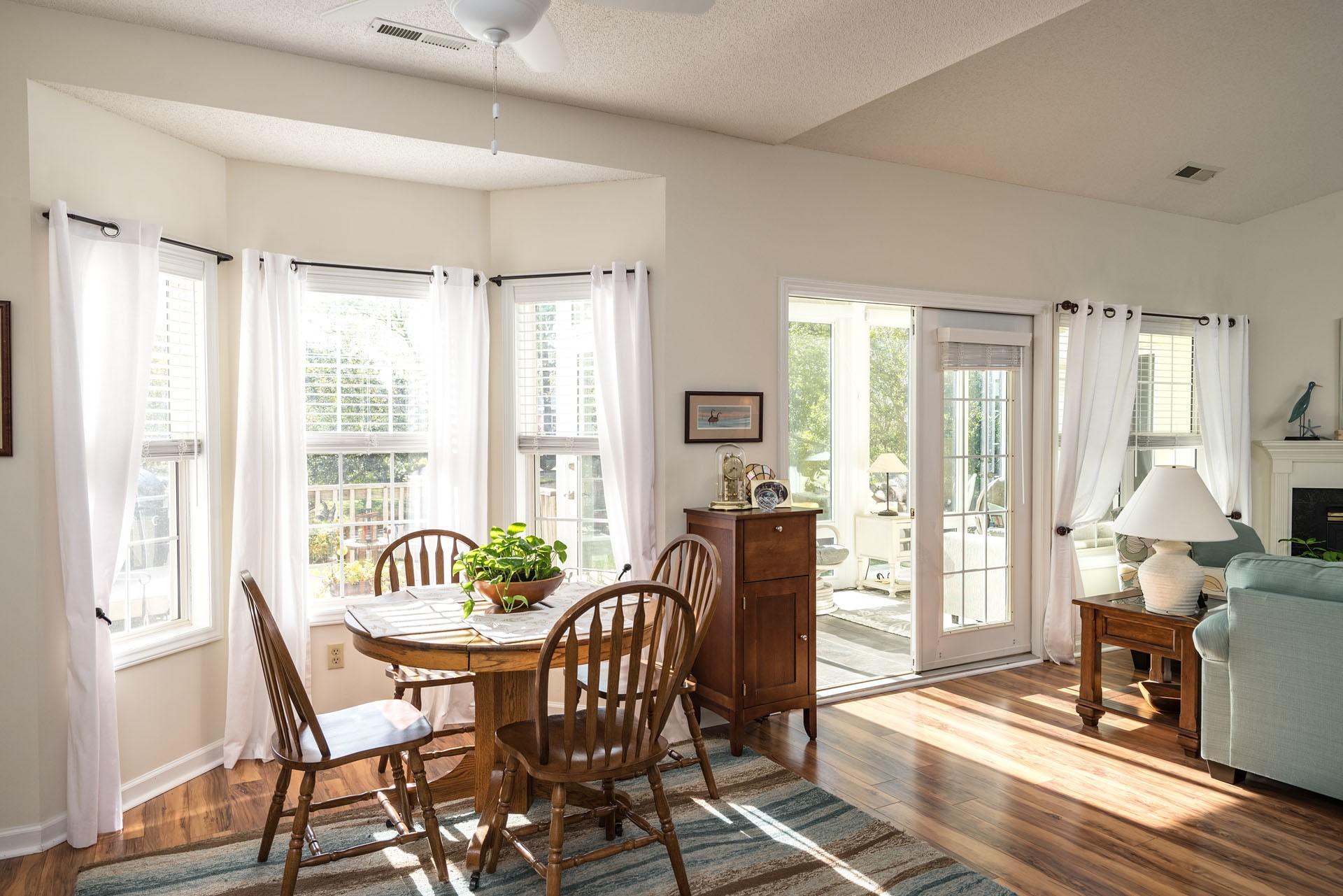 Papel De Parede Quarto Interior Mesa Cozinha Design De  -> Piso Parede Sala