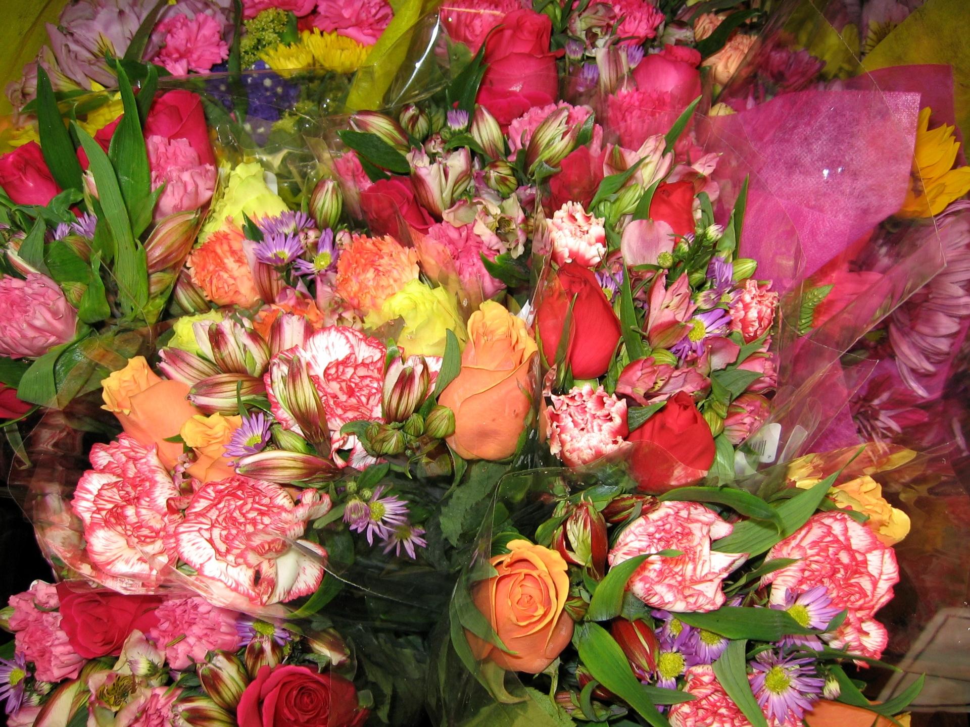 Картинки много букеты цветов