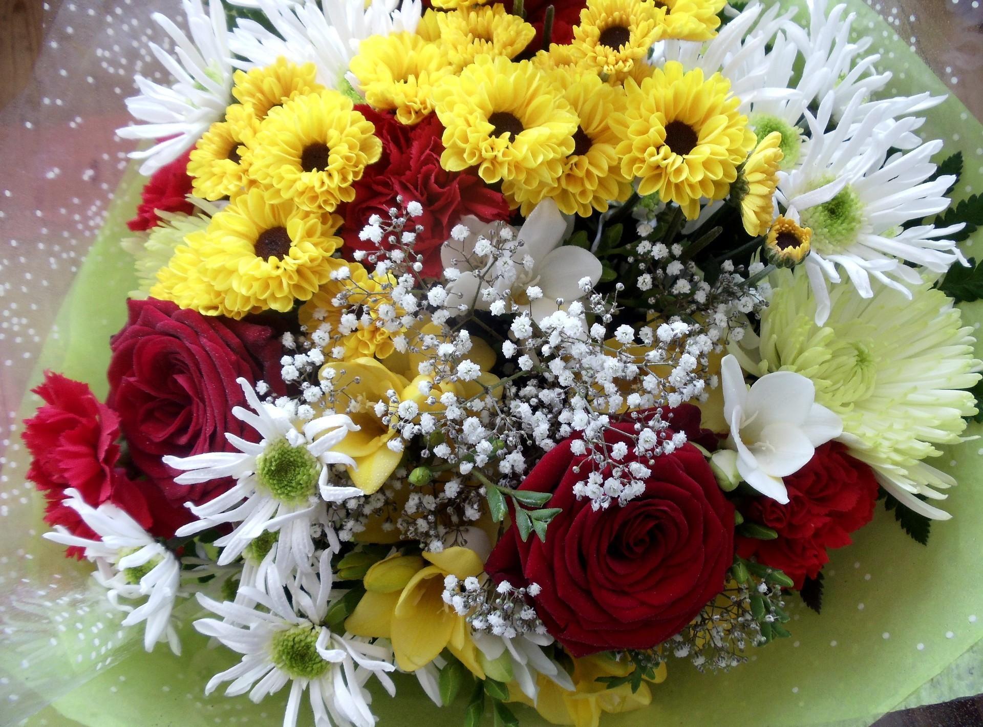 Цветы розы и хризантемы фото, букет