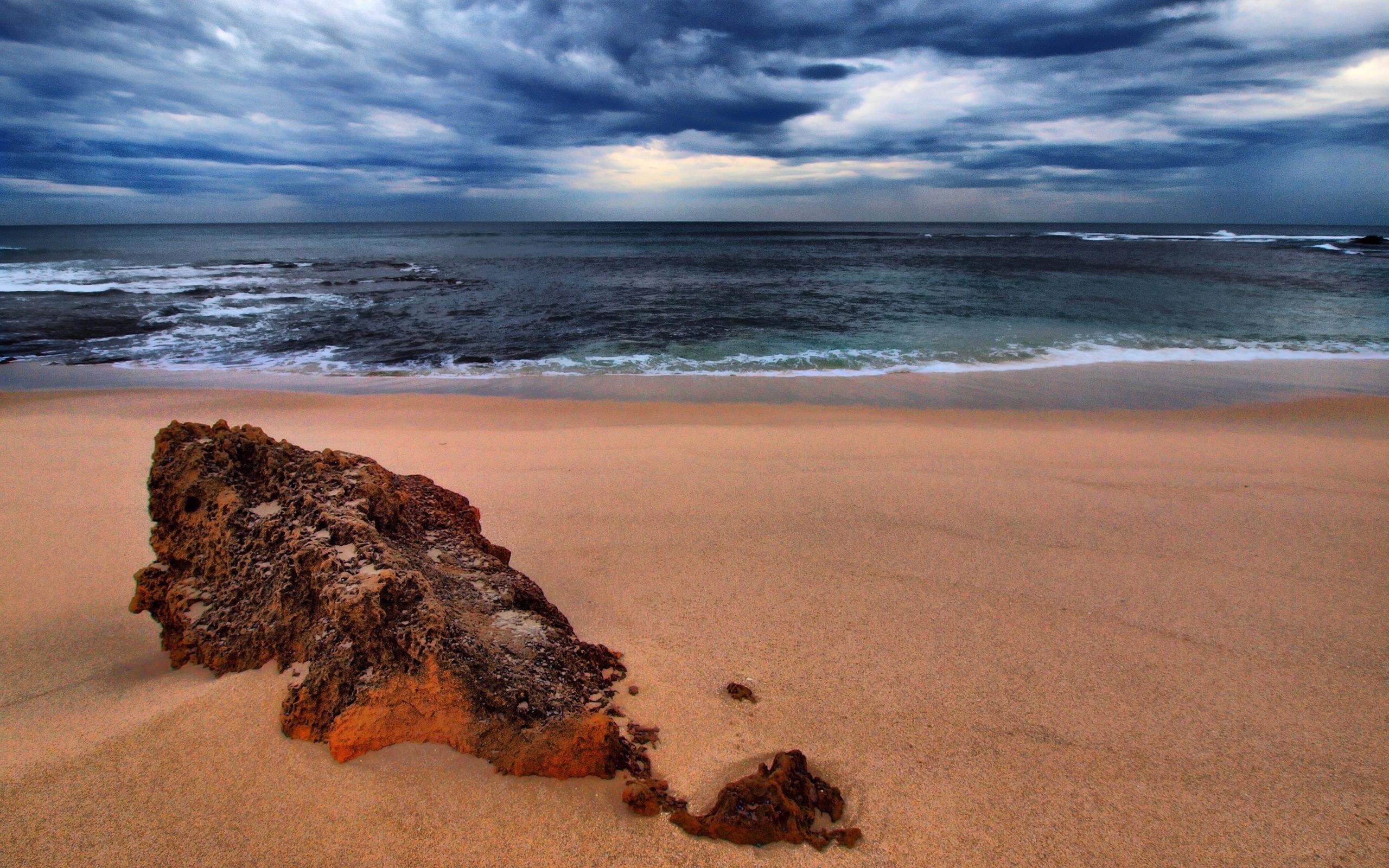 Песок на берегу моря картинки