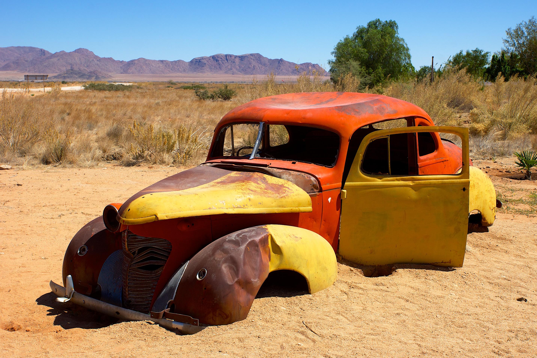 fond d 39 cran le sable voiture v hicule pave d sert voiture ancienne namibie couleur. Black Bedroom Furniture Sets. Home Design Ideas