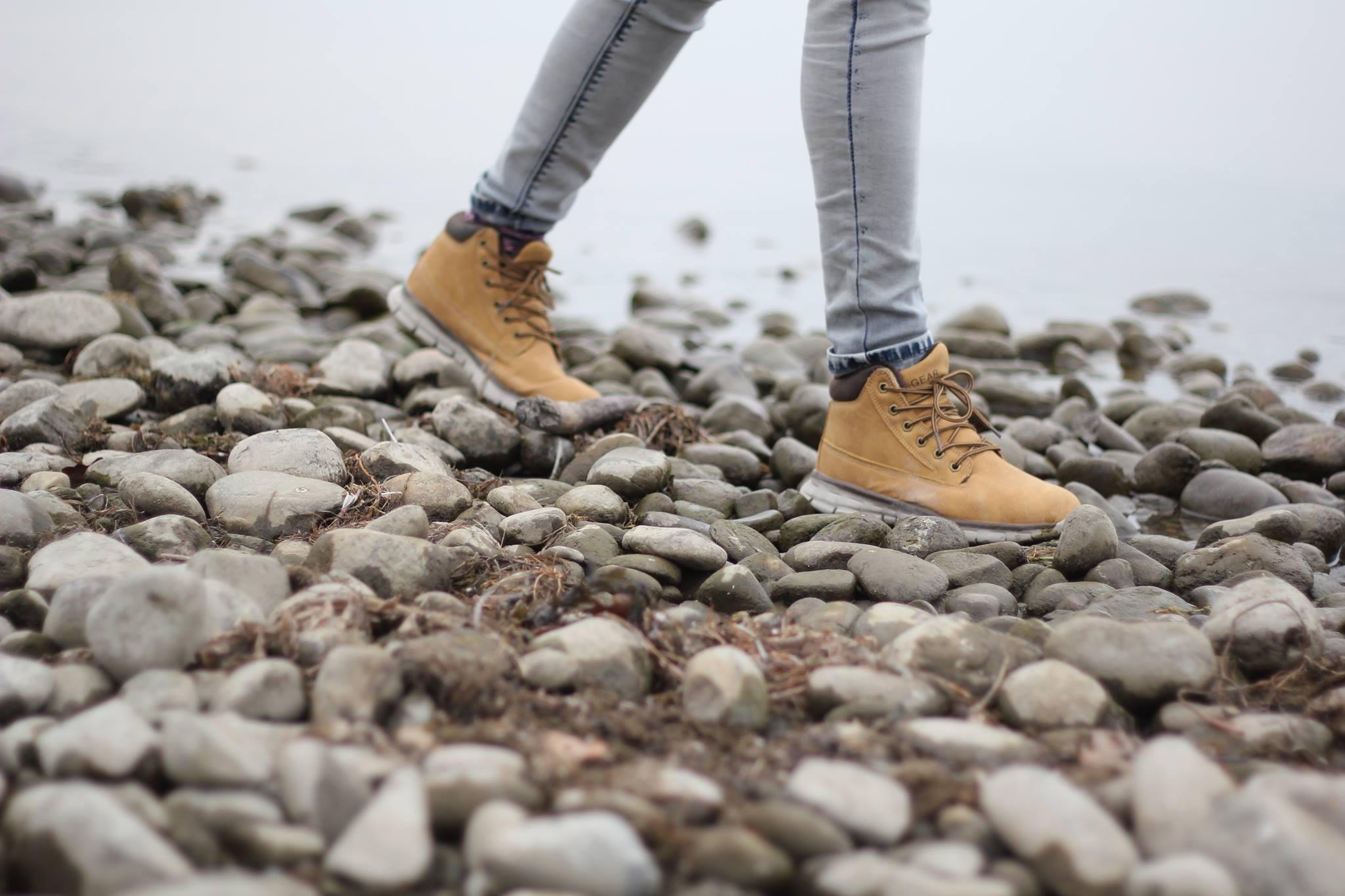 картинки ноги с ботинками наши схемы