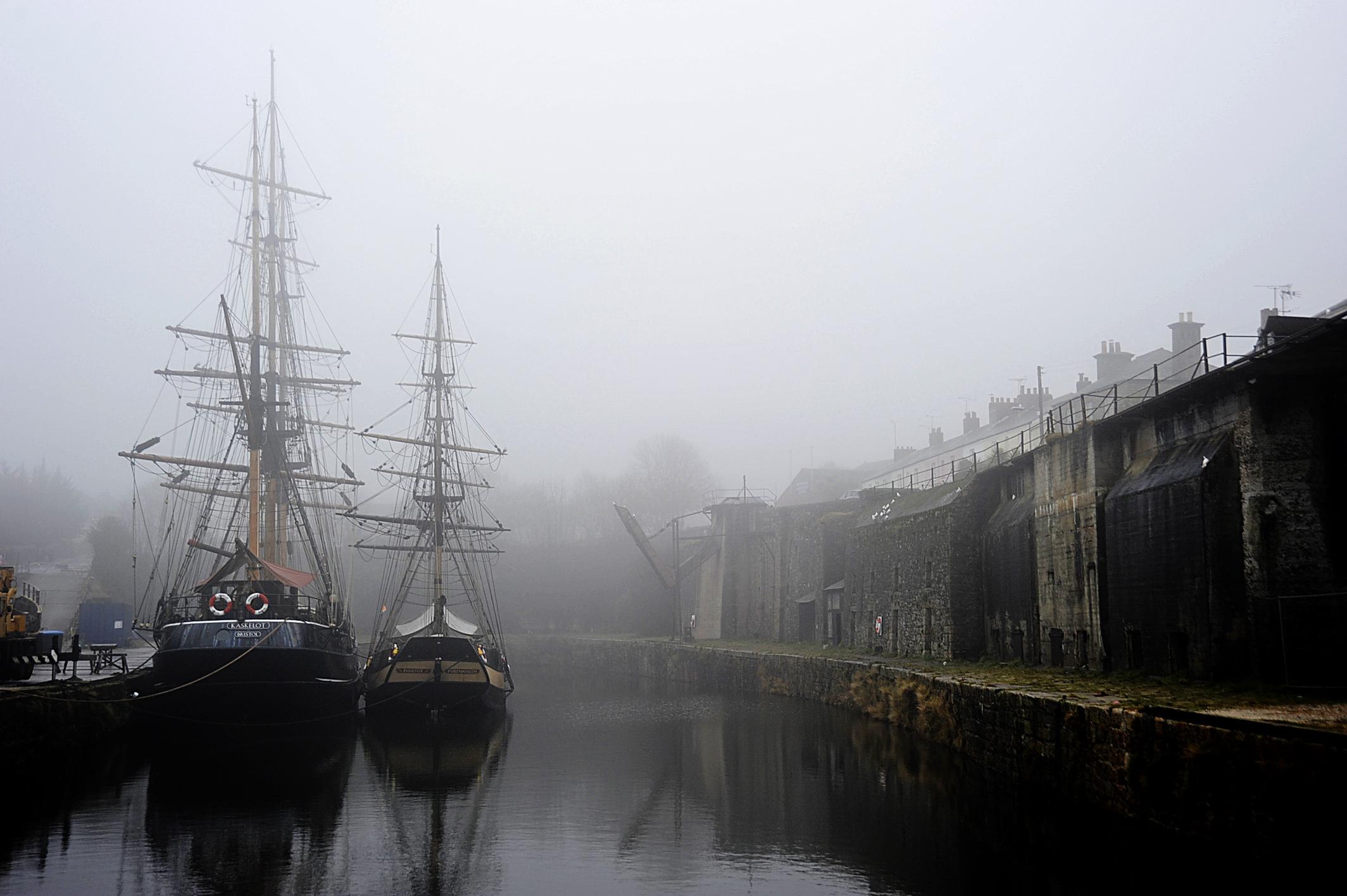 Обои туман, корабль, пристань. Города foto 8