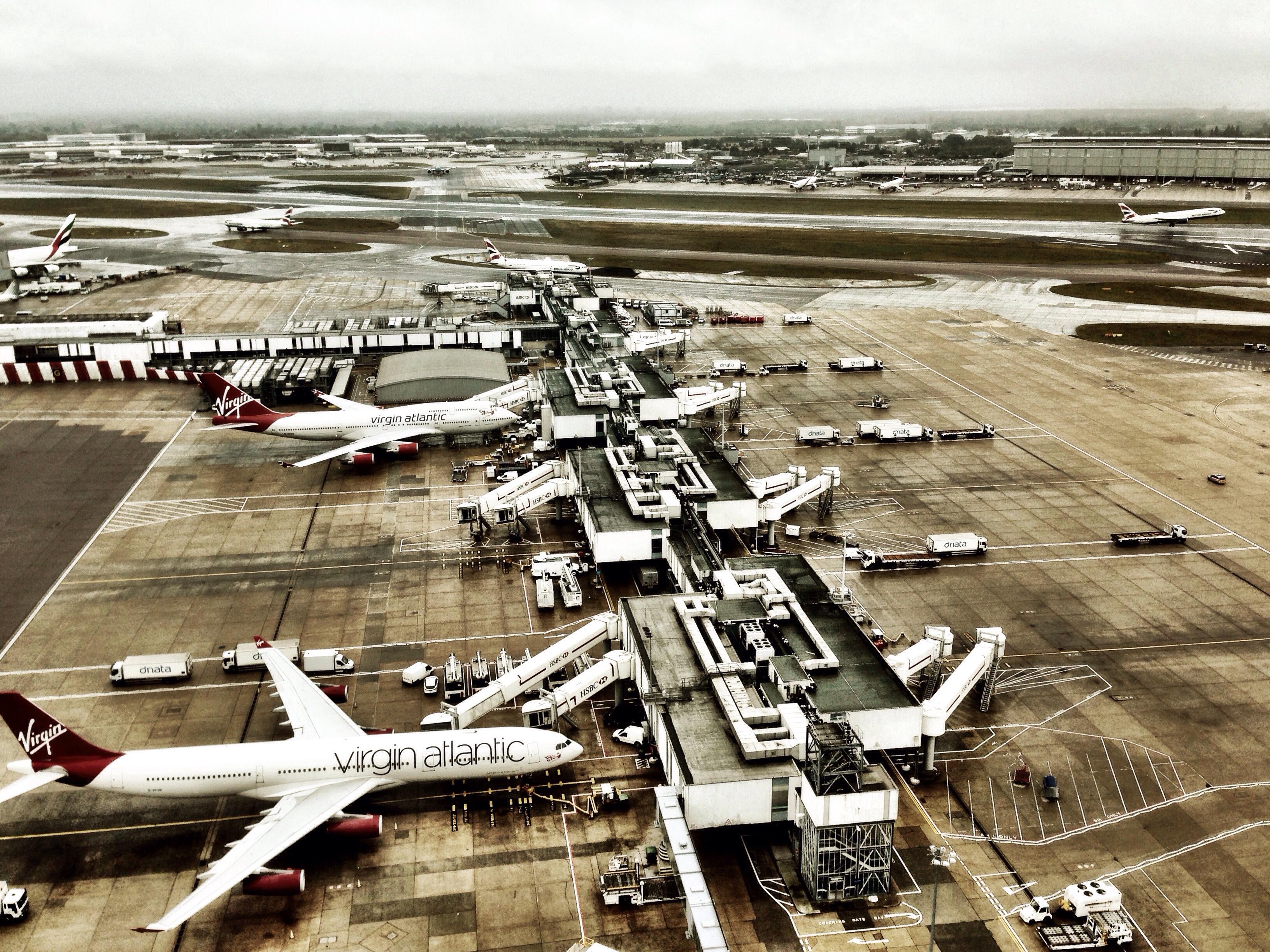 Wallpaper : sky, airplane, tower, iPhone, virgin, view