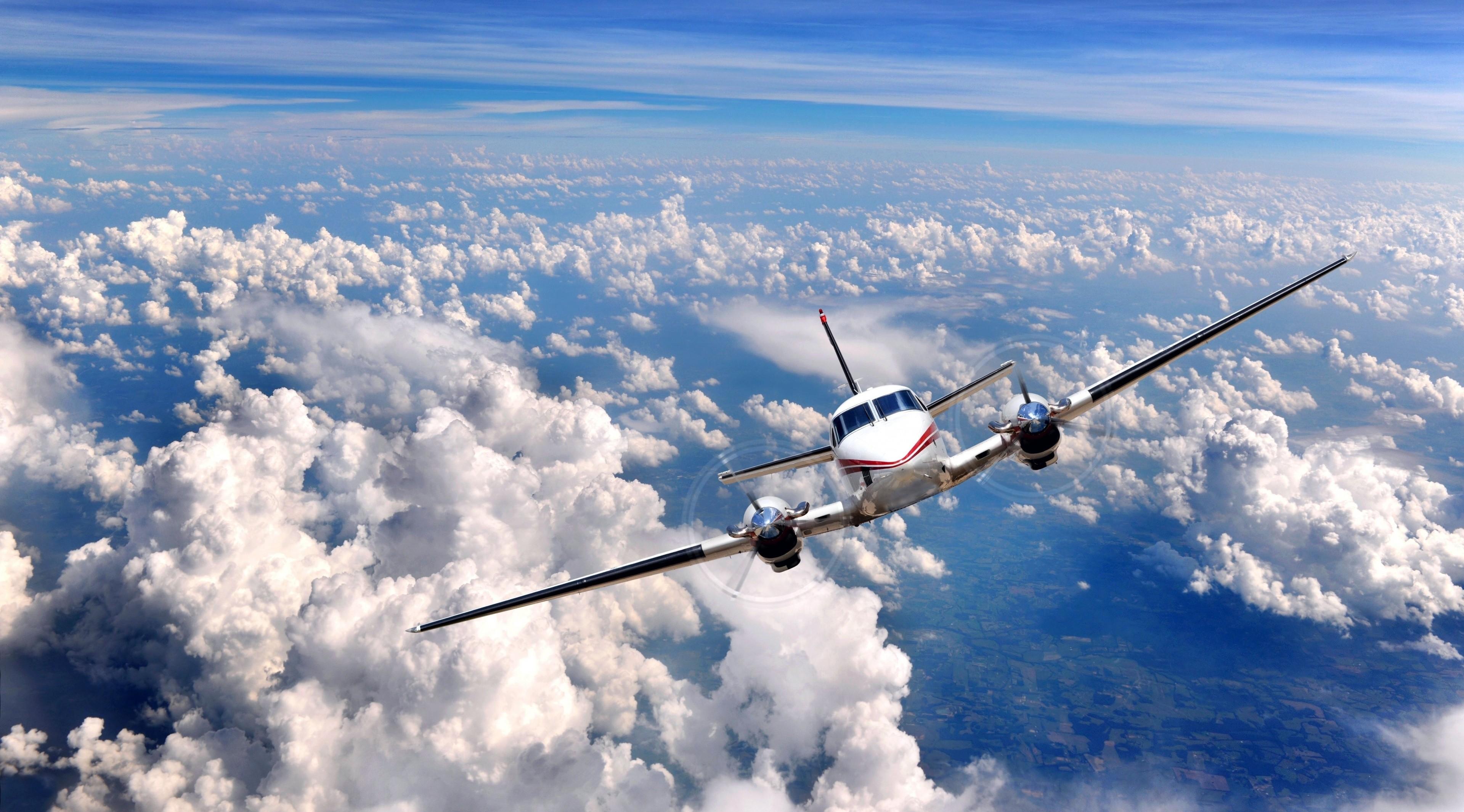 распростёр небо, фото полет самолета в небе счастью, россии