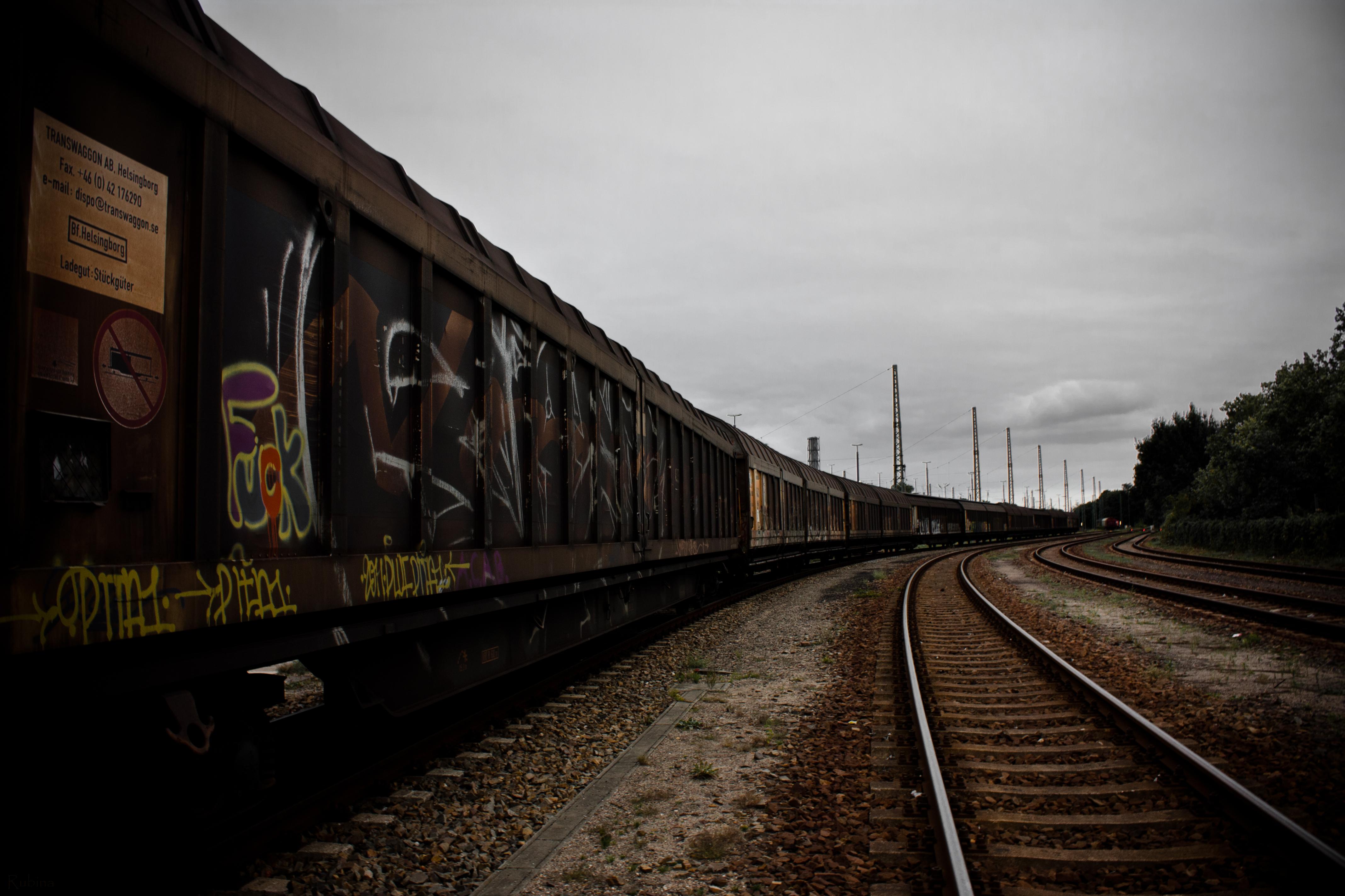 wallpaper sky vehicle train station rust metal. Black Bedroom Furniture Sets. Home Design Ideas