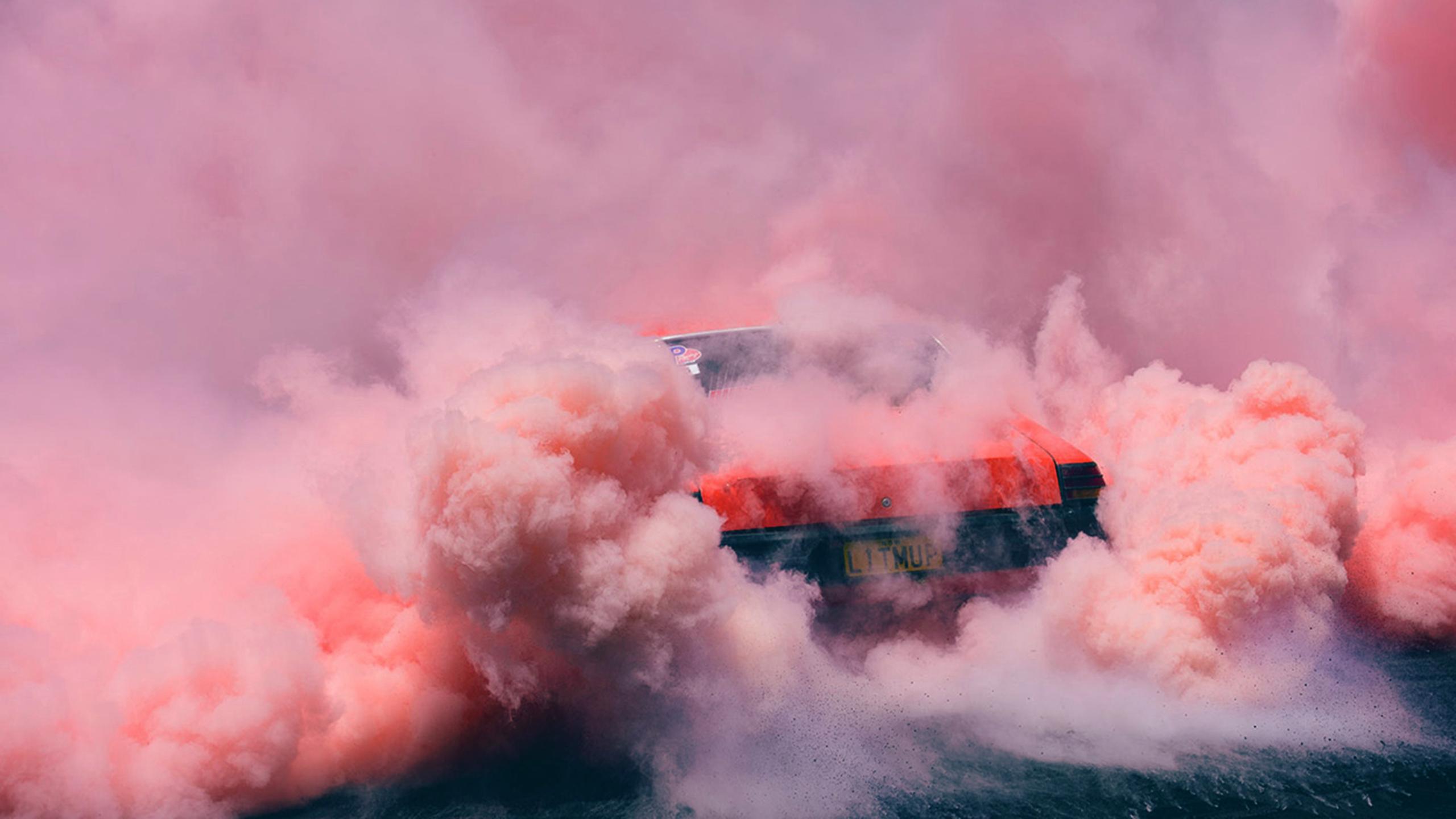 Wallpaper Colored Smoke Red Cars Pink 2560x1440 Bossujohnson