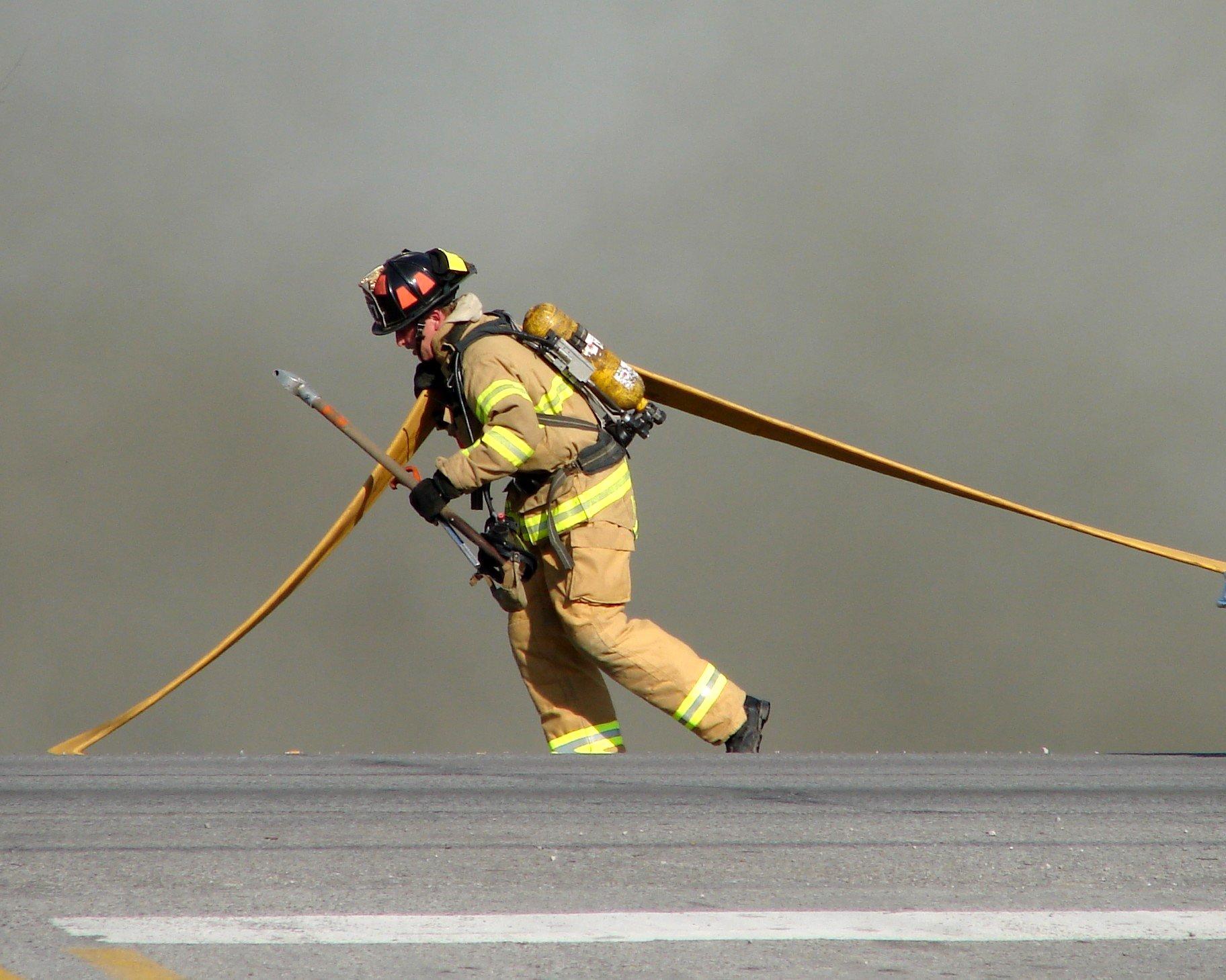Wallpaper Smoke Helmet Fire Hero Uniform Hose