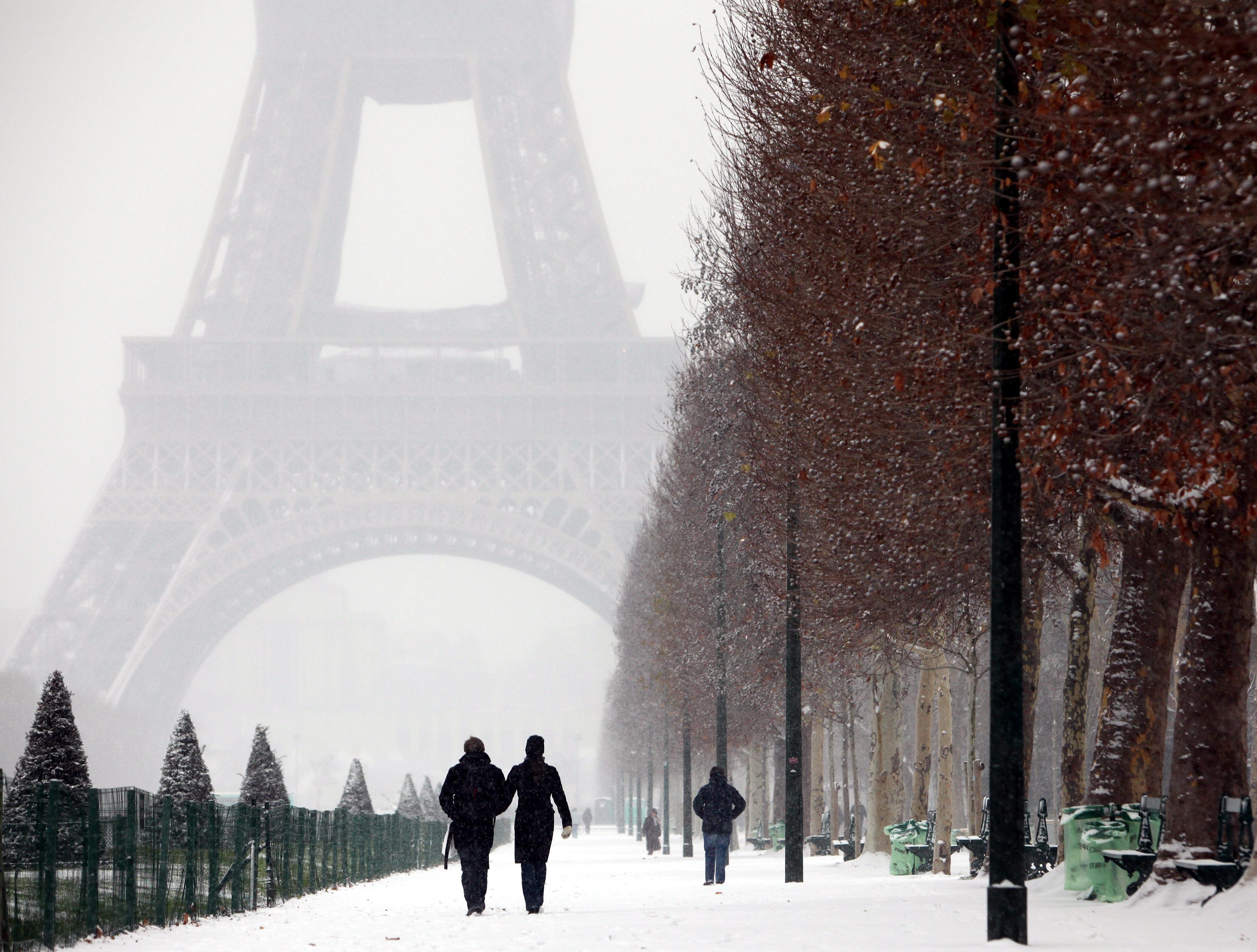 Fond D Ecran Neige Hiver La Glace Gel De Paris Avec Amour Meteo Saison Blizzard Phenomene Atmospherique Tempete Hivernale 4096x3102 Mbourrig 223338 Fond D Ecran Wallhere