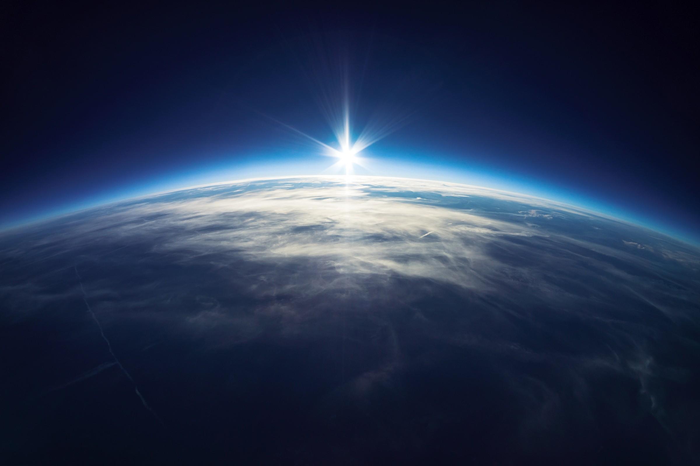 фото восхода с орбиты зайдите одноклассники