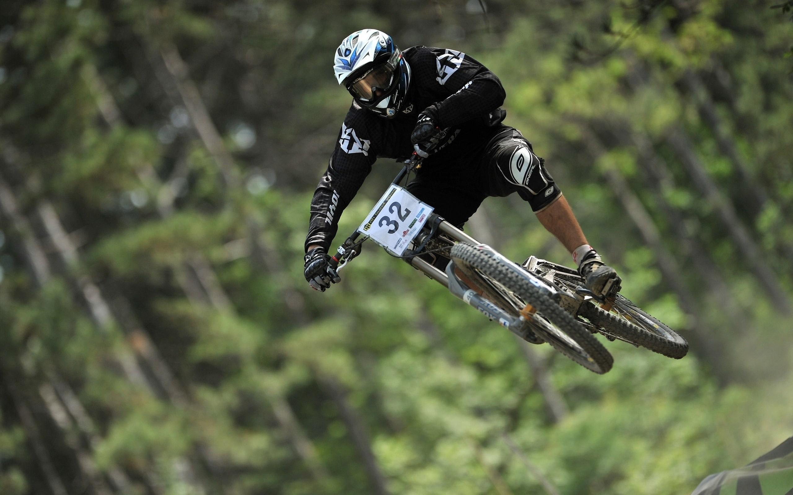Wallpaper Jumping Vehicle Mountain Bikes Downhill