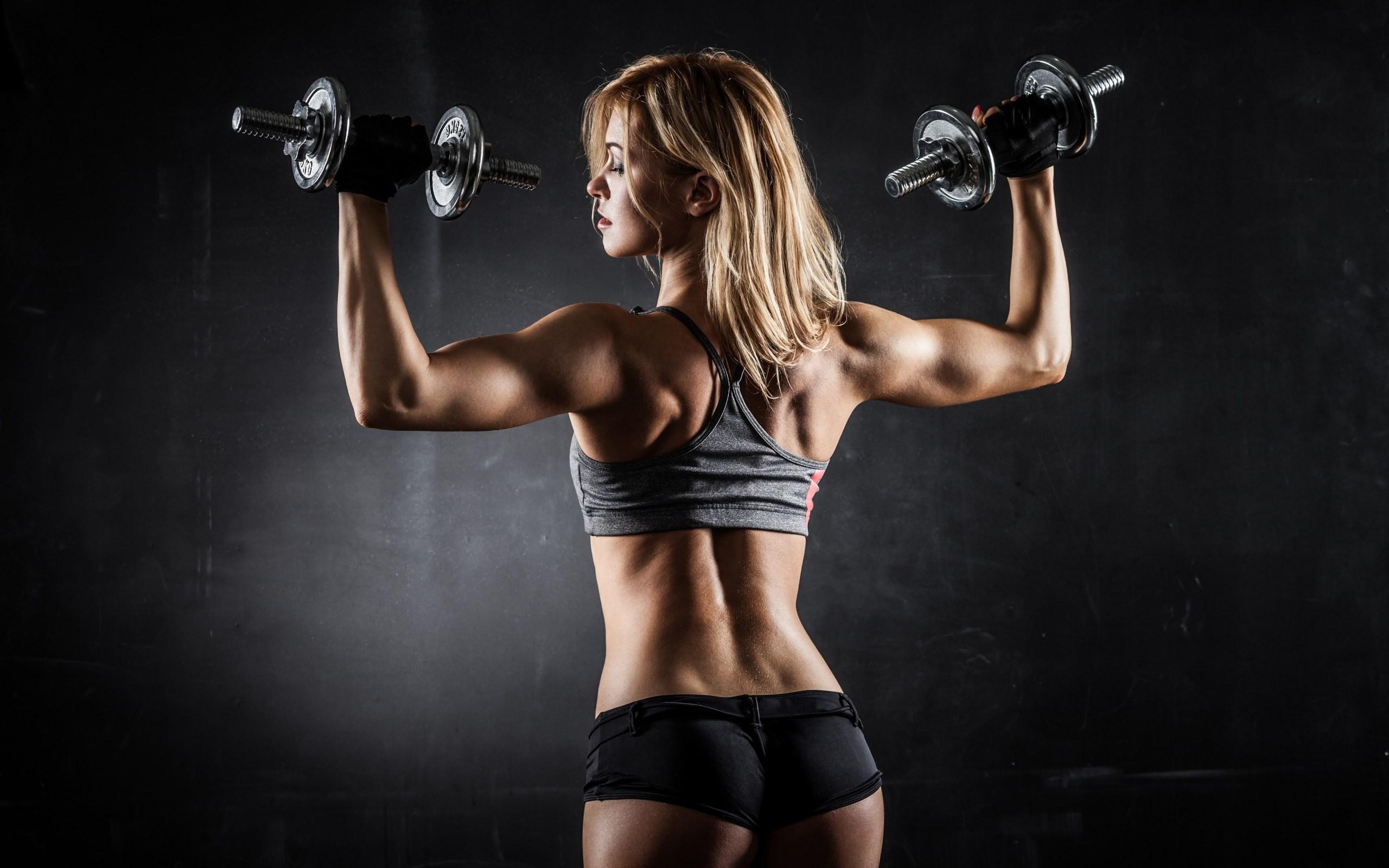 Bodybuilding women back