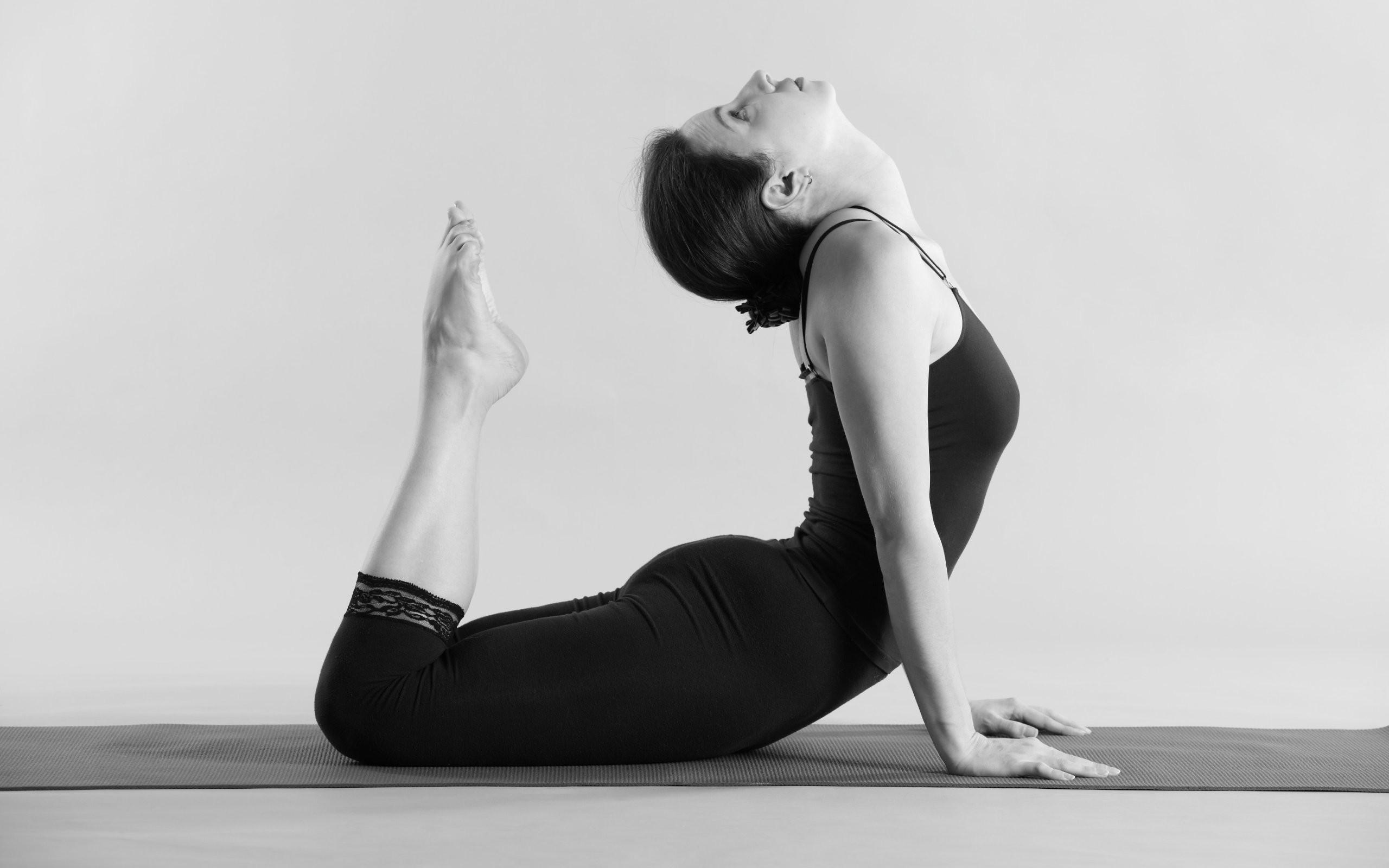 Hintergrundbilder : Sport, schwarz, Frau, einfarbig, Sitzung, Yoga ...