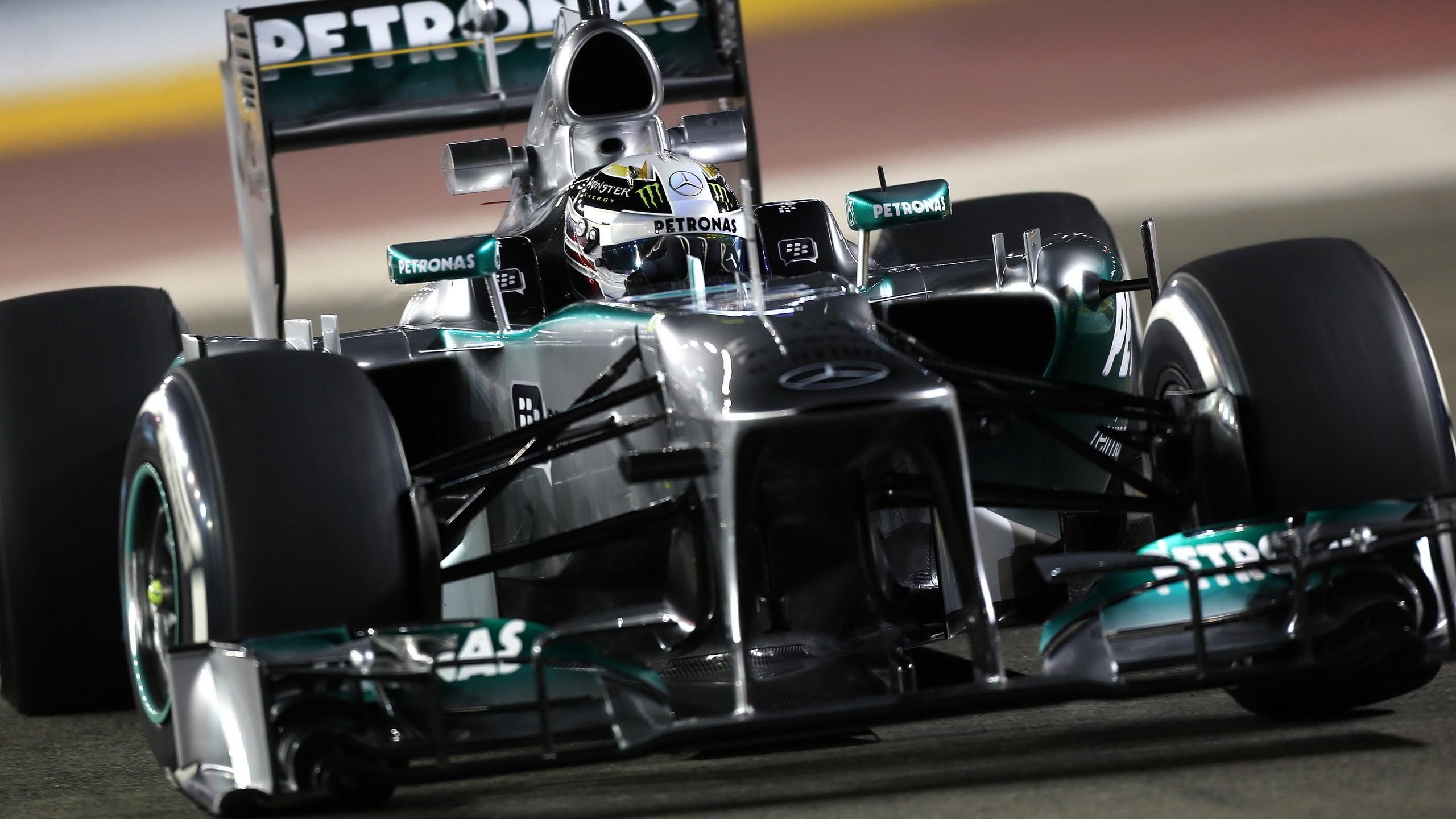 Wallpaper vehicle mercedes benz formula 1 sports car for Mercedes benz build a car