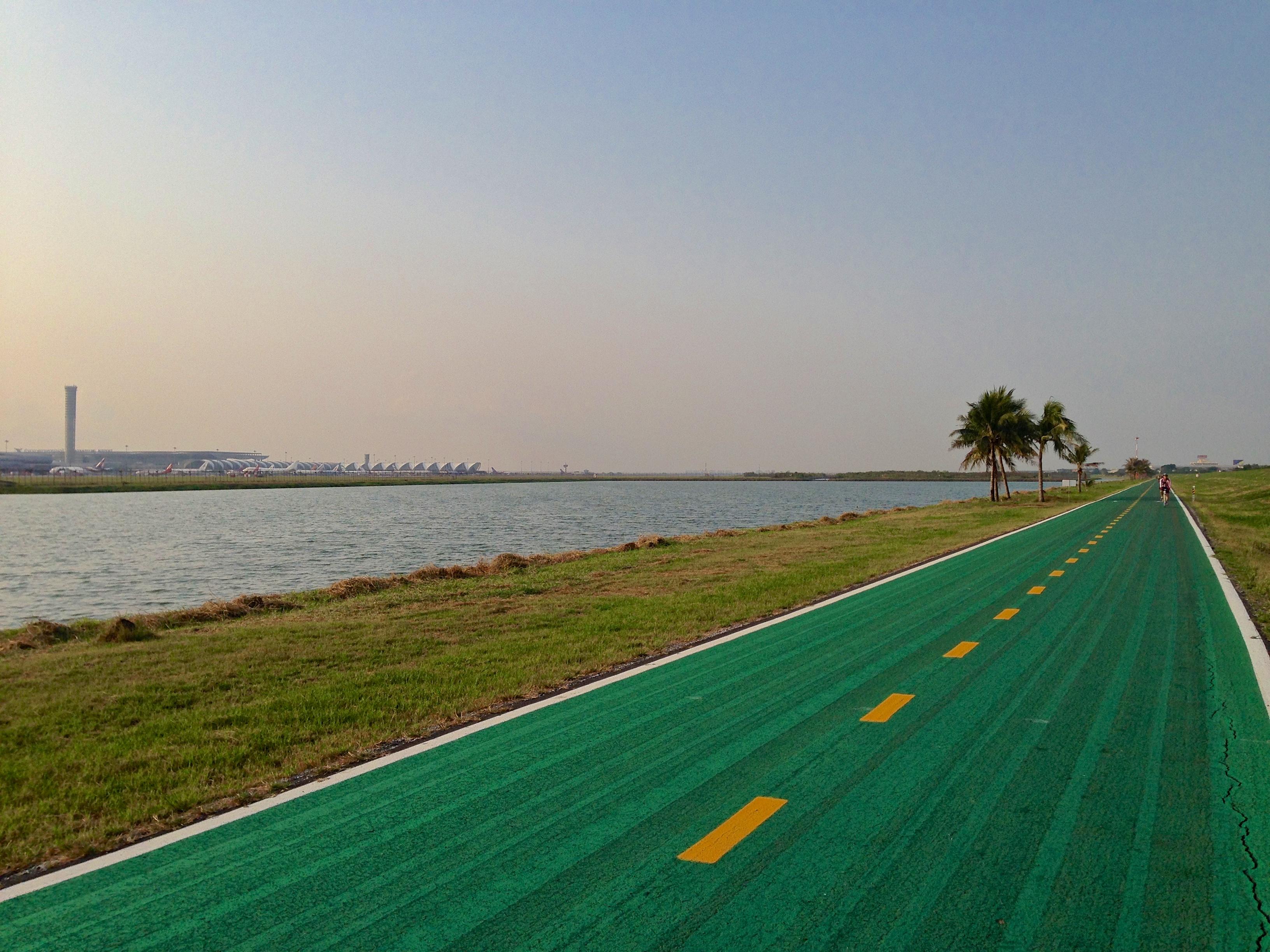 Sfondi Gli Sport Paesaggio Mare Asia Acqua Bicicletta Erba