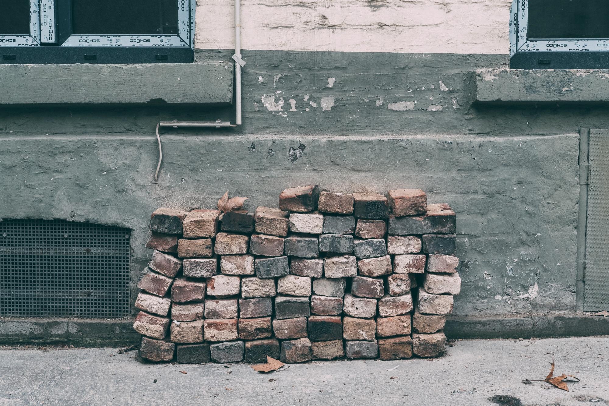 hintergrundbilder steine mauer holz beton k ln hinterhof ziegel steinern mauerwerk. Black Bedroom Furniture Sets. Home Design Ideas