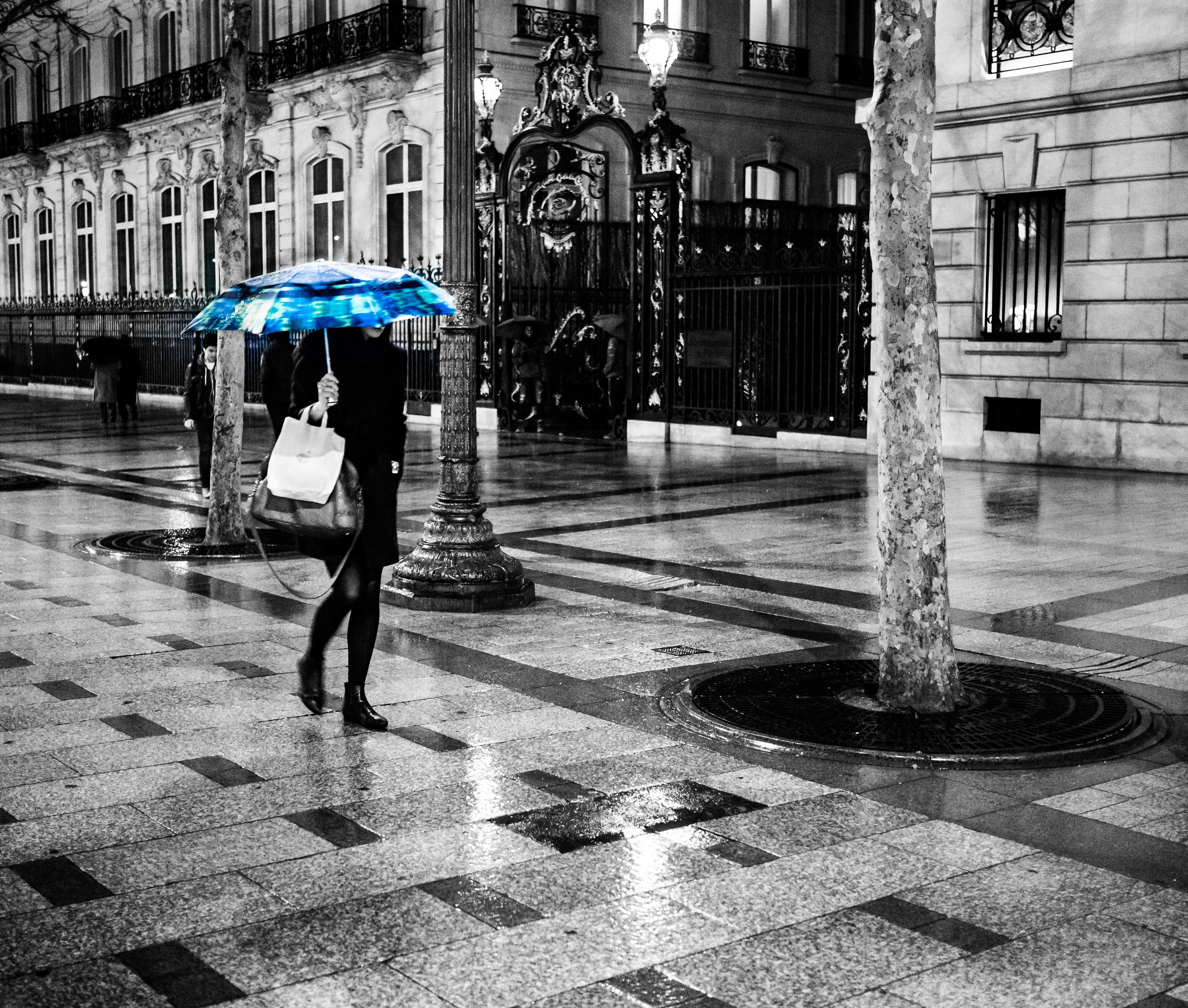 Wallpaper Street Blue Bw Woman White Black Paris France Girl Rain Night Umbrella Walking Noir Champs Pluie Nb Bleu Desaturation Rue Nuit Blanc Marche Partial Elysees Prapluie 3949x3351 811059 Hd Wallpapers Wallhere