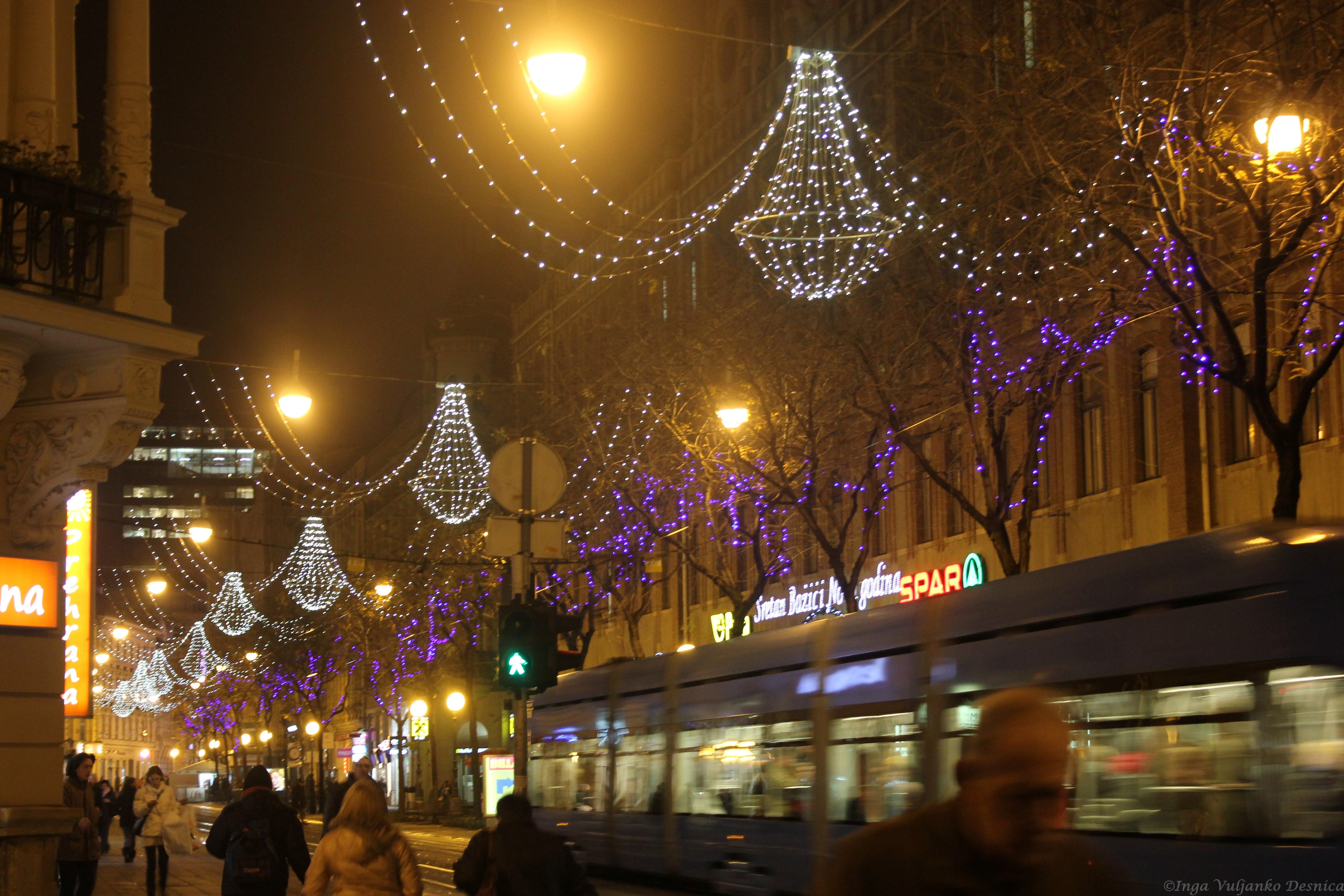 Wallpaper : street light, city, cityscape, night, sky, winter, evening, town, Christmas Tree, holiday, christmas lights, decorations, metropolis, Croatia, ...