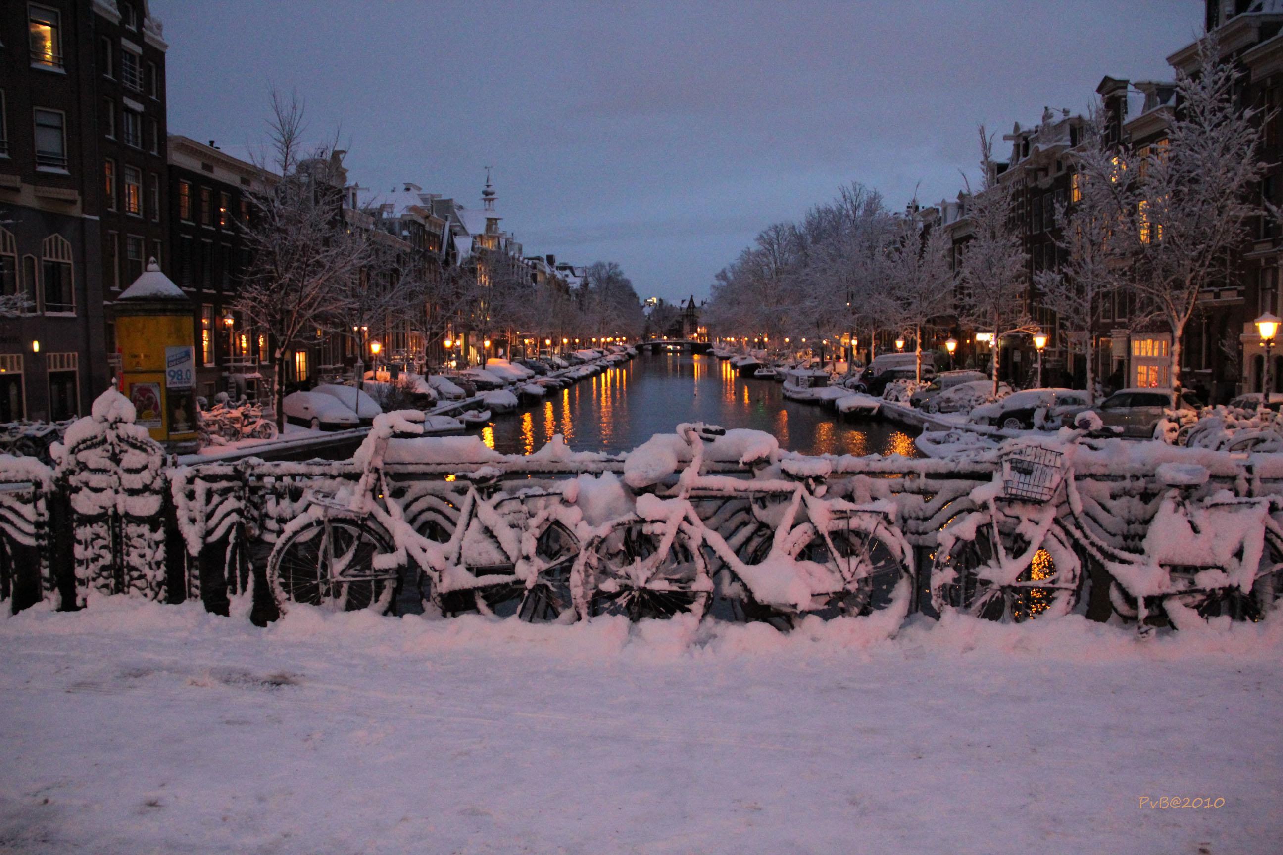 Licht In Fietswiel : Hintergrundbilder straße alt stadt brücke winter licht