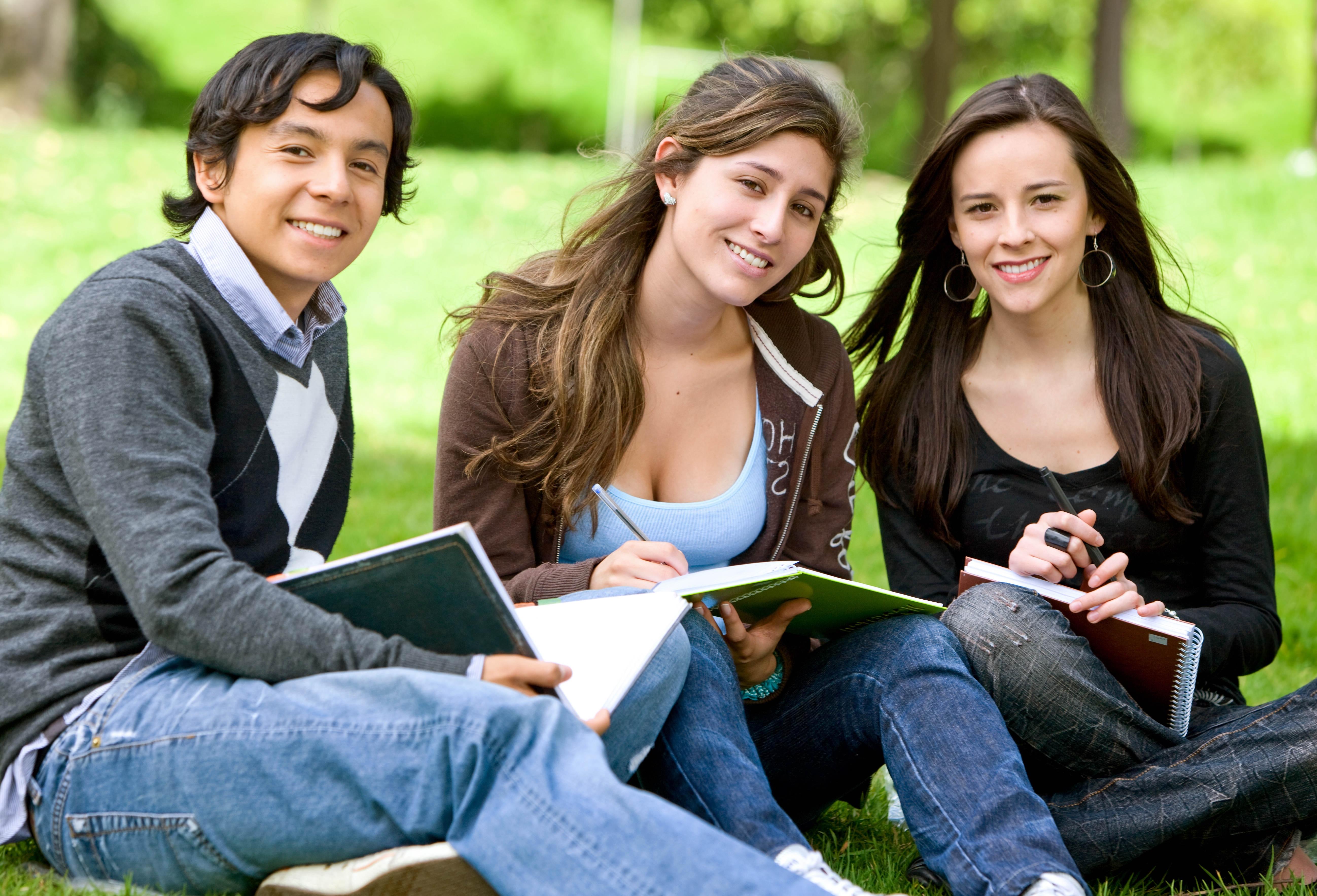 Картинка с людьми на английском