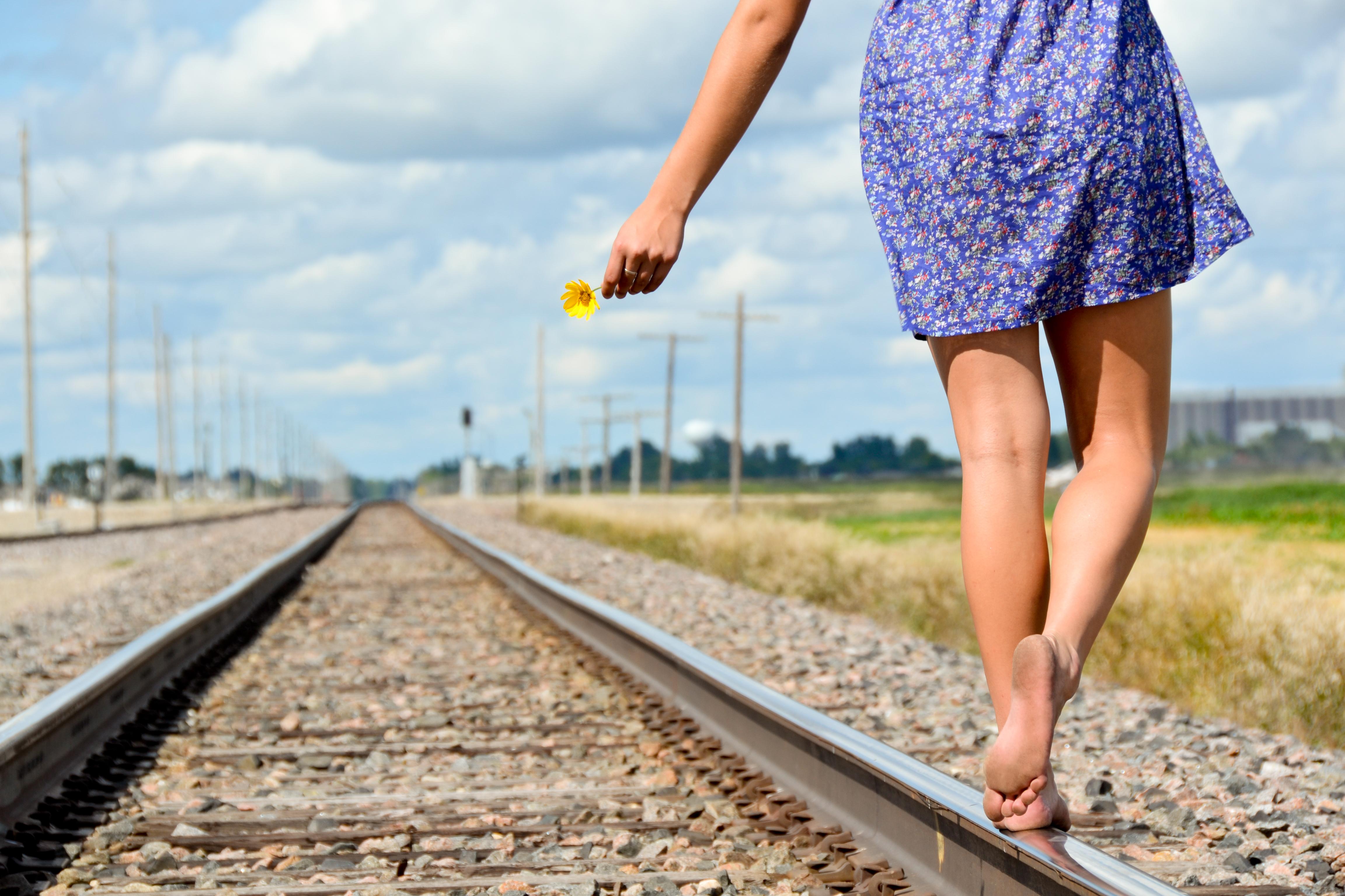 https://get.wallhere.com/photo/summer-Sun-flower-senior-train-Nikon-dress-angle-traintracks-tracks-bluesky-yellowflower-barefoot-runaway-seniorpicture-sundress-middleofnowhere-breakfree-fargonorthdakota-moorheadminnesota-nikond3100-1037379.jpg