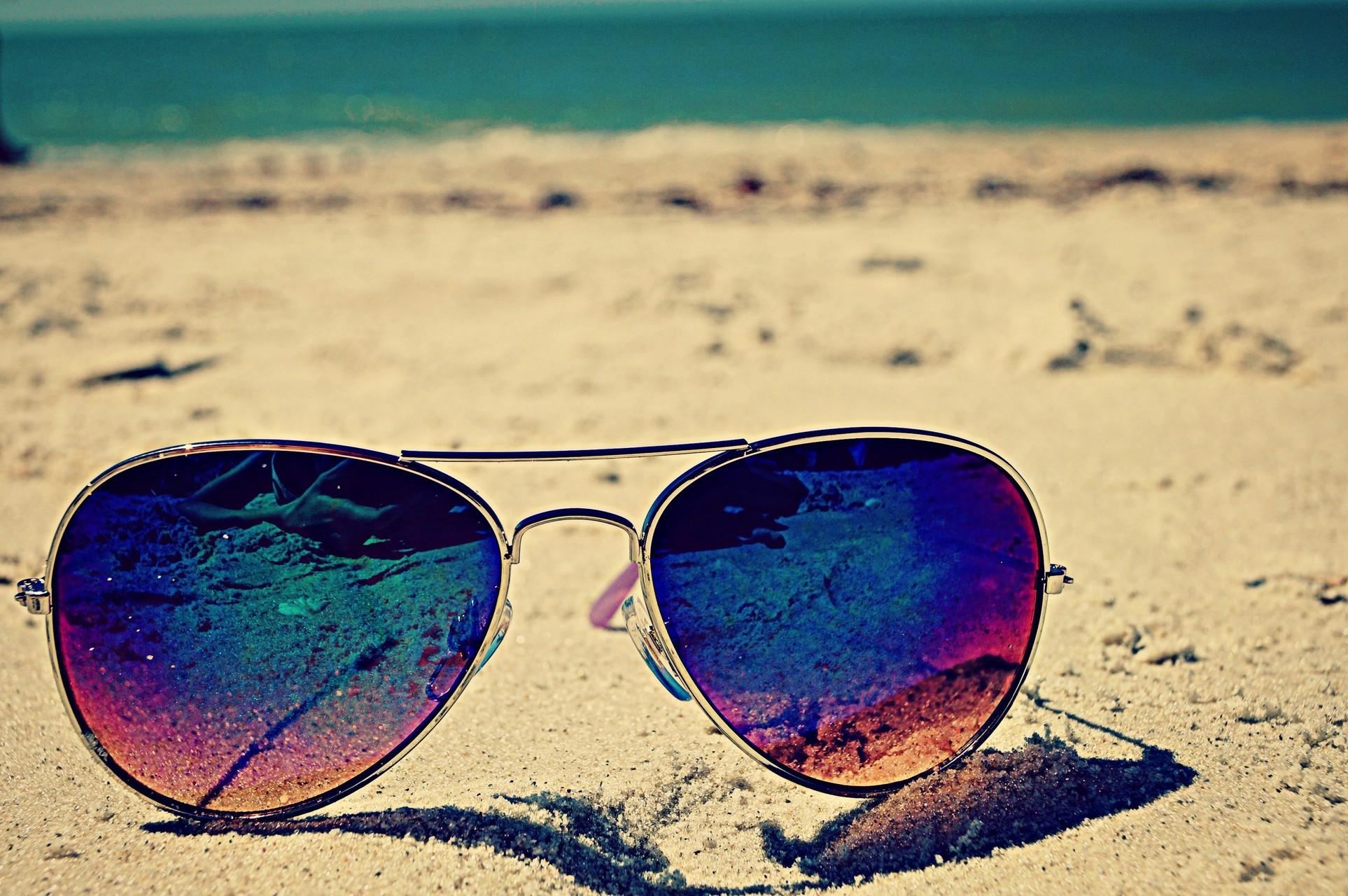 солнцезащитные очки яркие картинки