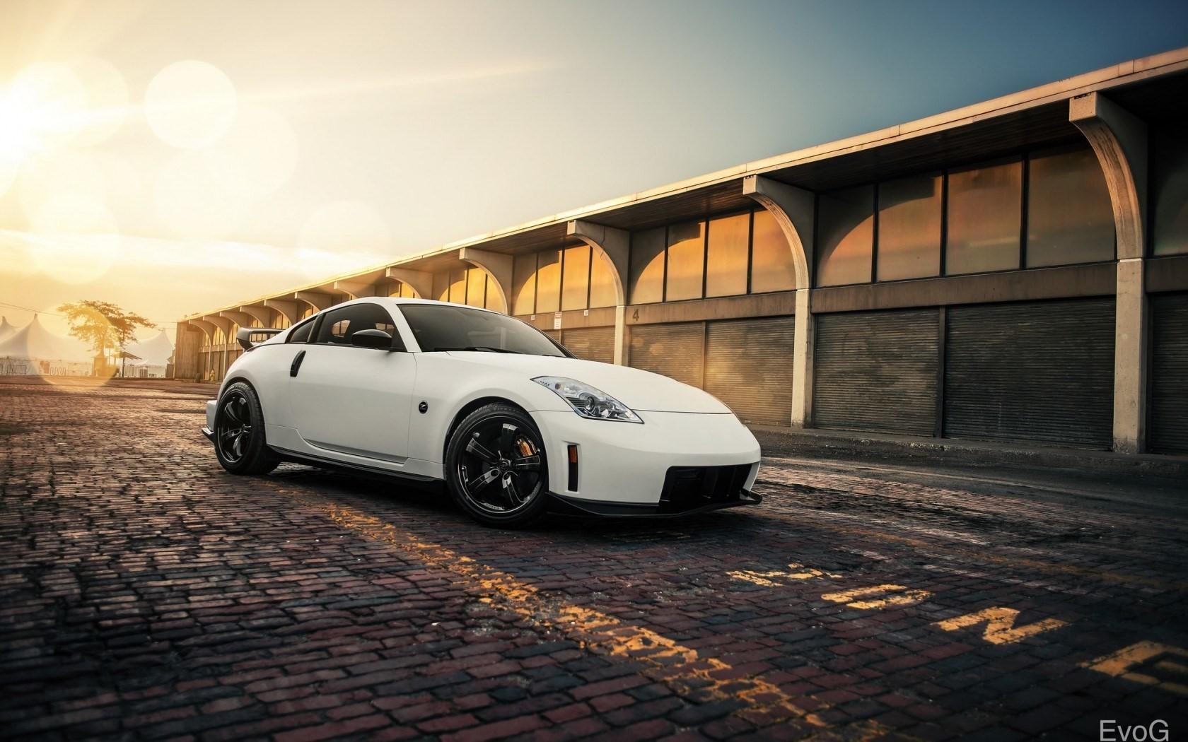 wallpaper : sunlight, architecture, sports car, nissan 350z, wheel