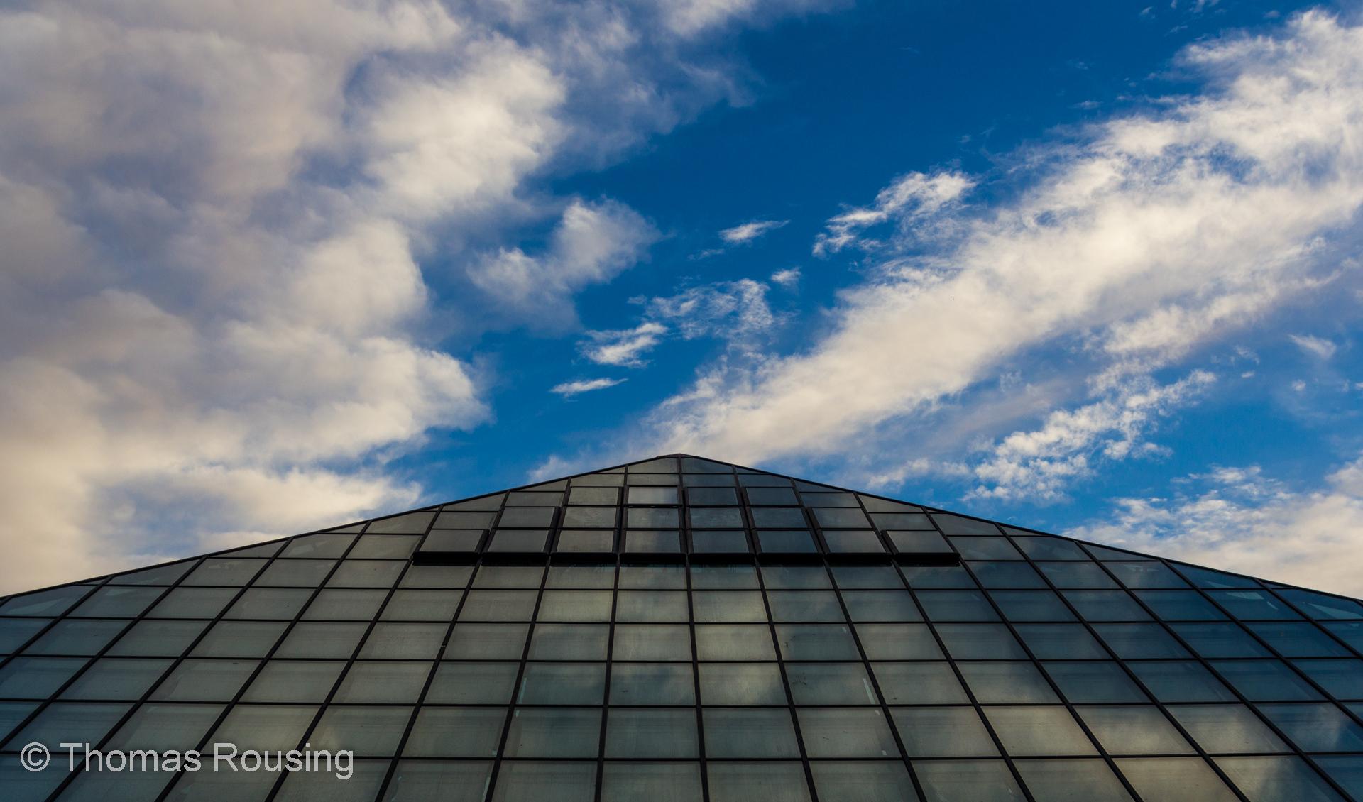 hintergrundbilder sonnenlicht stadt die architektur geb ude betrachtung himmel. Black Bedroom Furniture Sets. Home Design Ideas