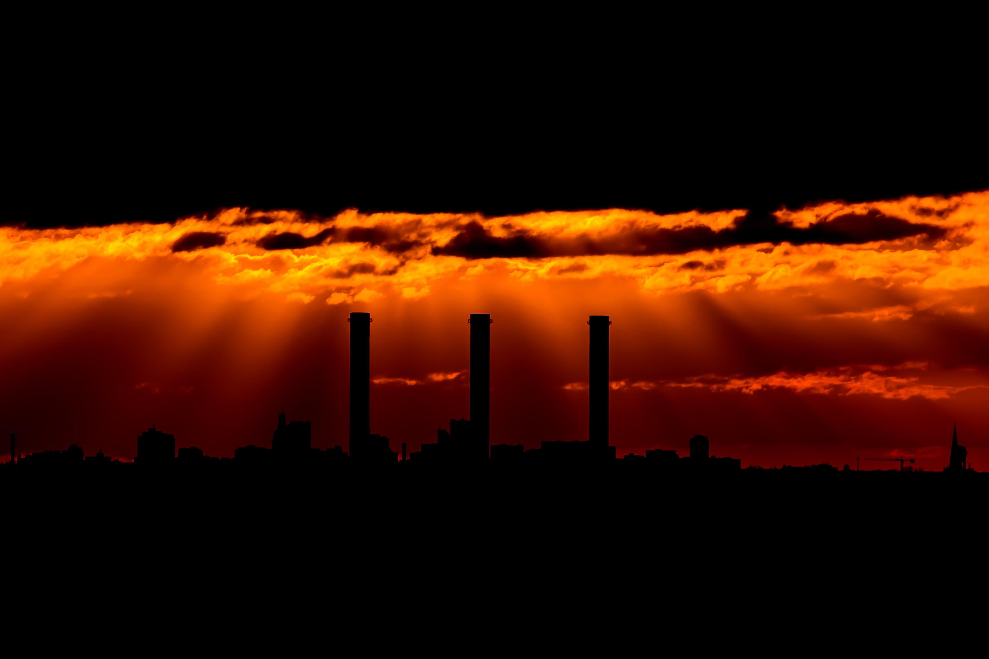 Cielo Rosso Di Notte.Sfondi Luce Del Sole Buio Tramonto Notte Alba Orizzonte Sera