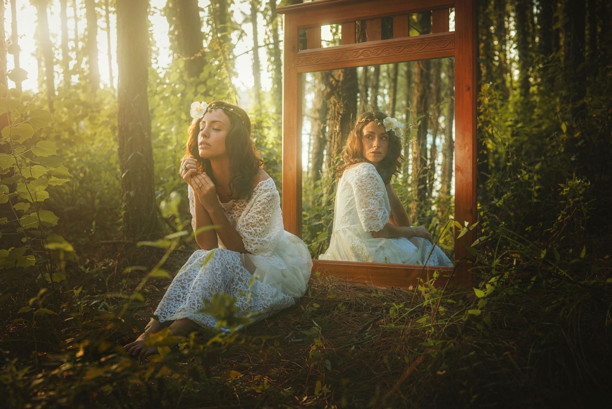 Sunlight Forest Women Mirror Autumn Flower Season Photograph Woodland 2048x1368 Px