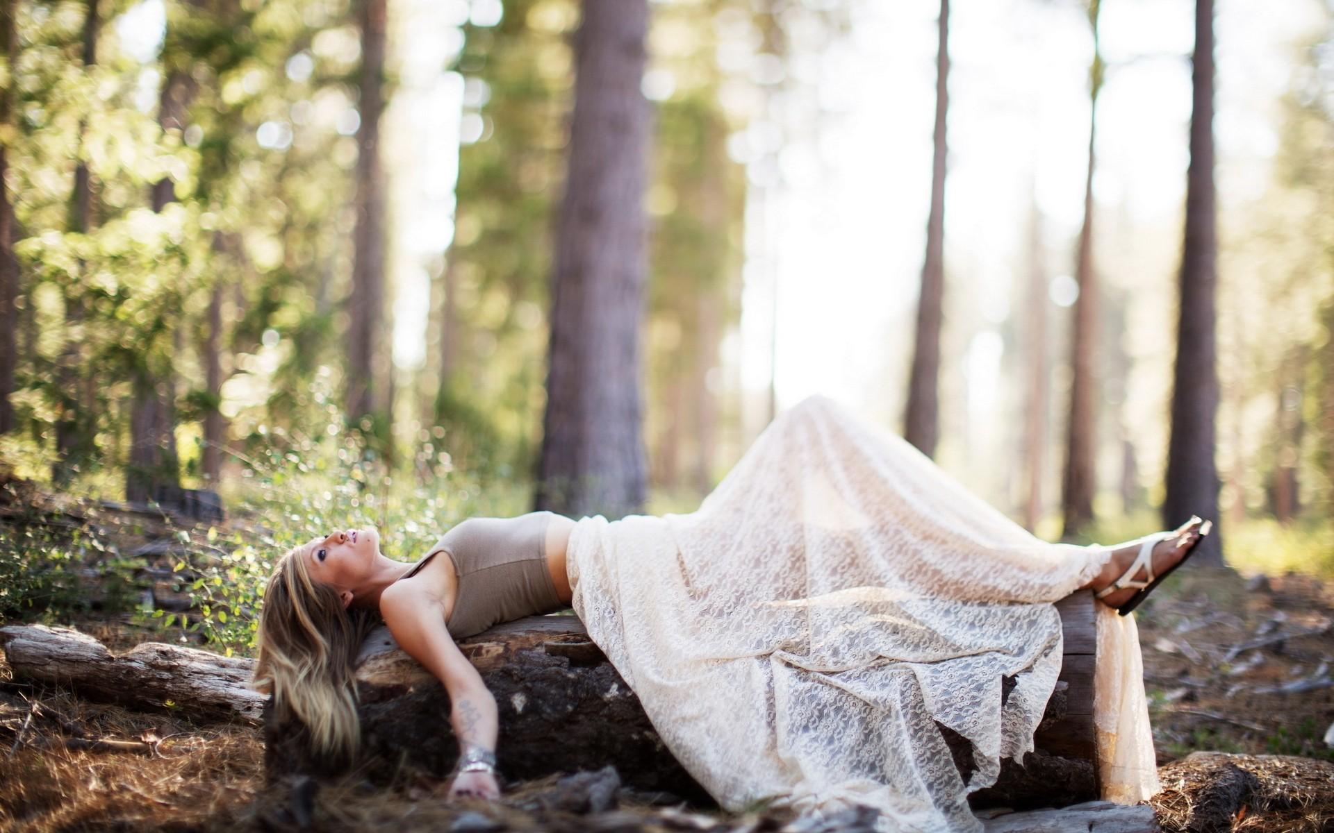 Интересные идеи для фотосессии в лесу фото