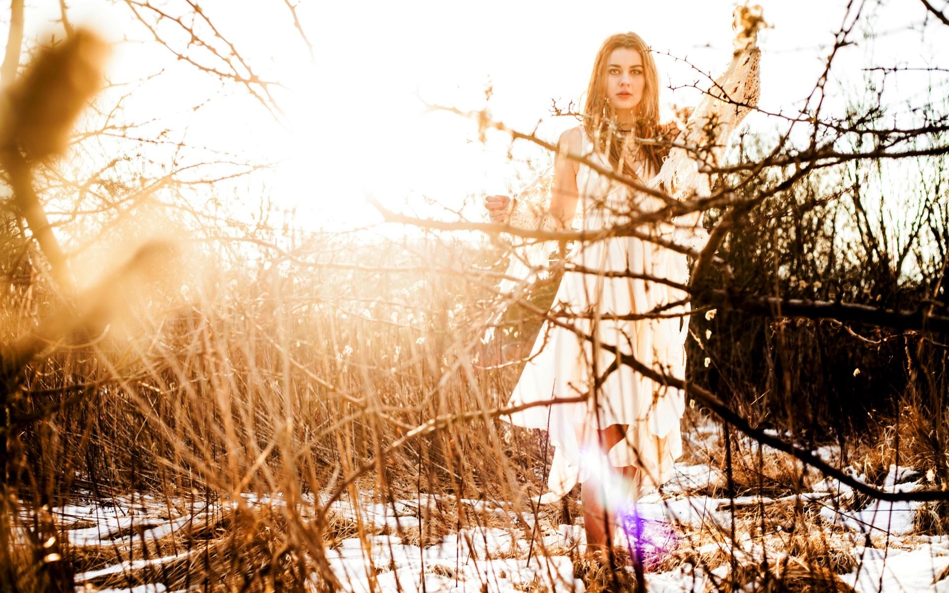 sale retailer 1fda8 15016 Hintergrundbilder : Sonnenlicht, Wald, Frauen im Freien ...