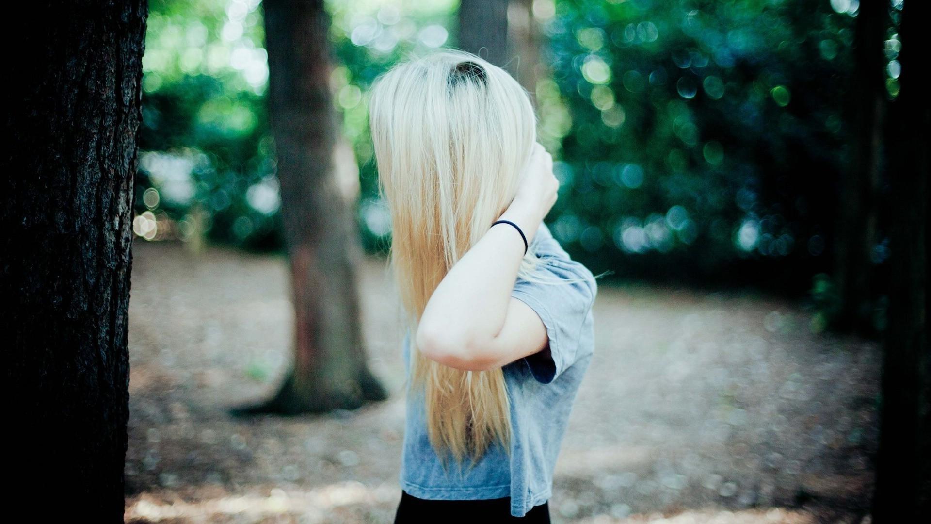 Картинка блондинки без лица, одноклассниках открытками