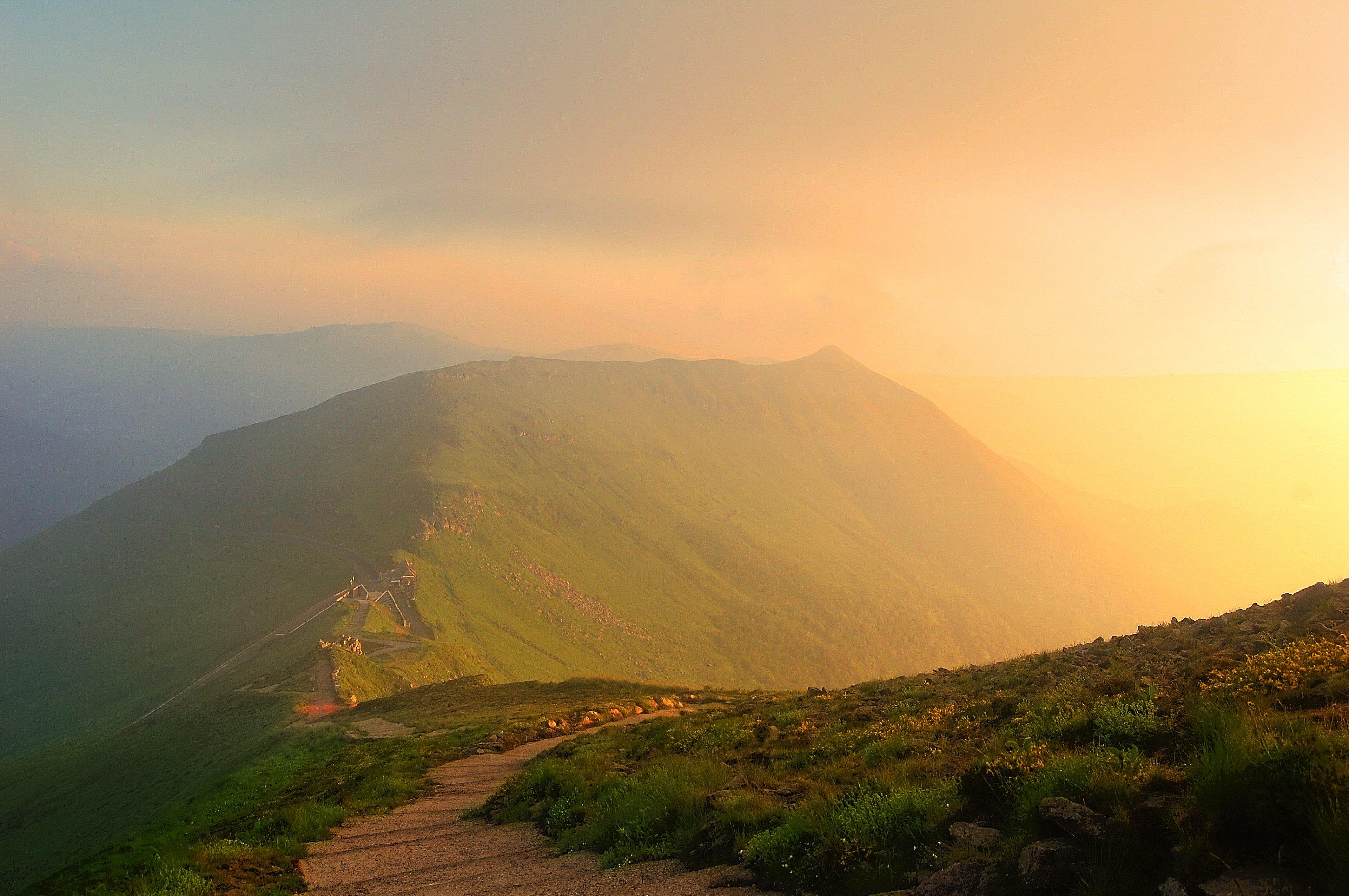 Hintergrundbilder : Sonnenlicht, Landschaft, Beleuchtung, Berge ...