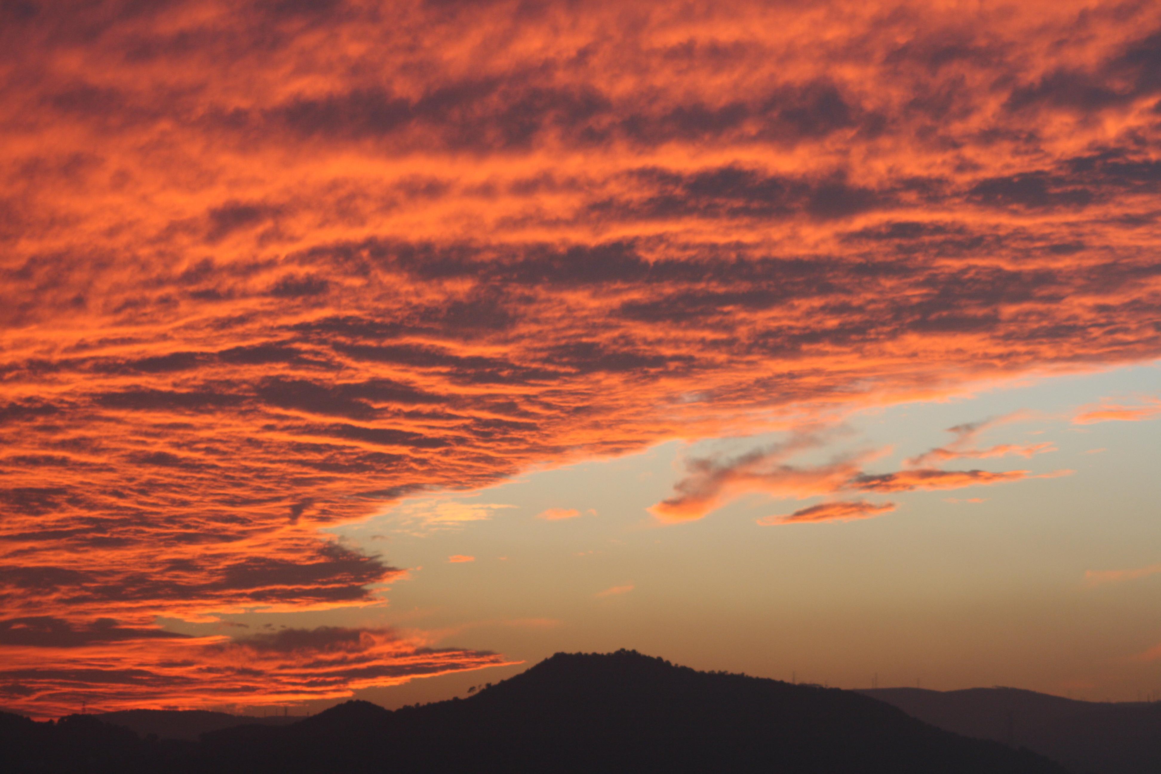 Wallpaper Sunlight Landscape Mountains Sunset Clouds