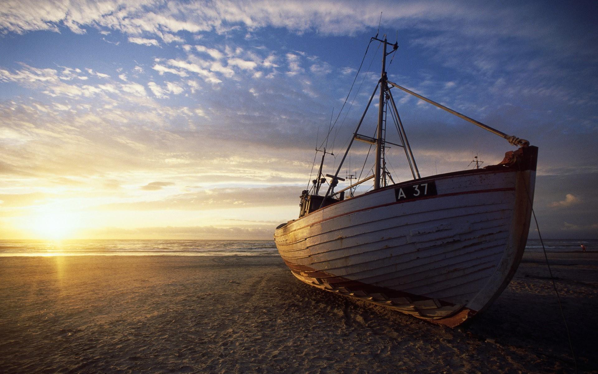 Segelschiffe auf dem meer sonnenuntergang  Hintergrundbilder : Sonnenlicht, Landschaft, Schiff, Boot ...