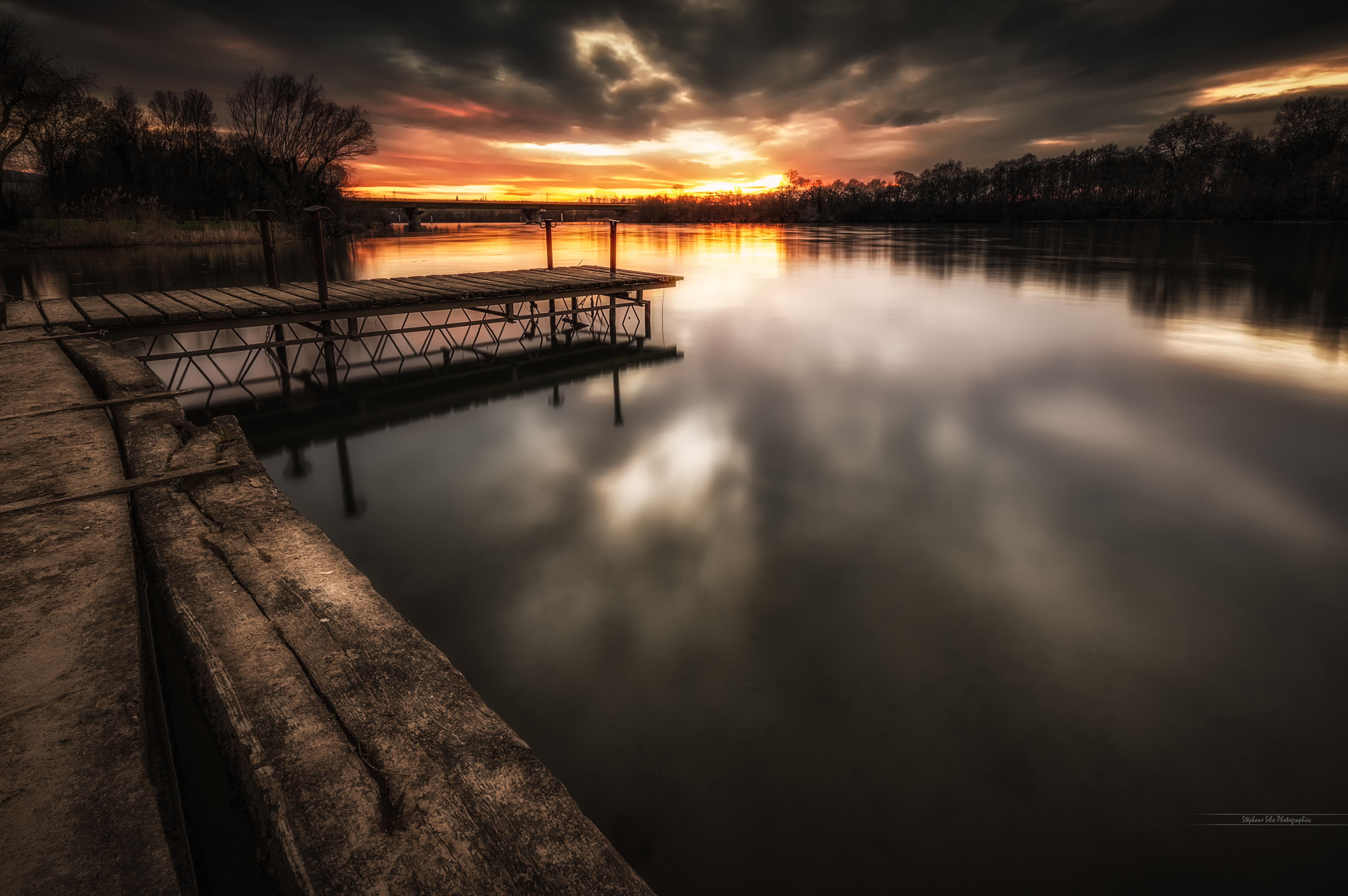 Lever et coucher du soleil lyon - L heure du coucher du soleil aujourd hui ...